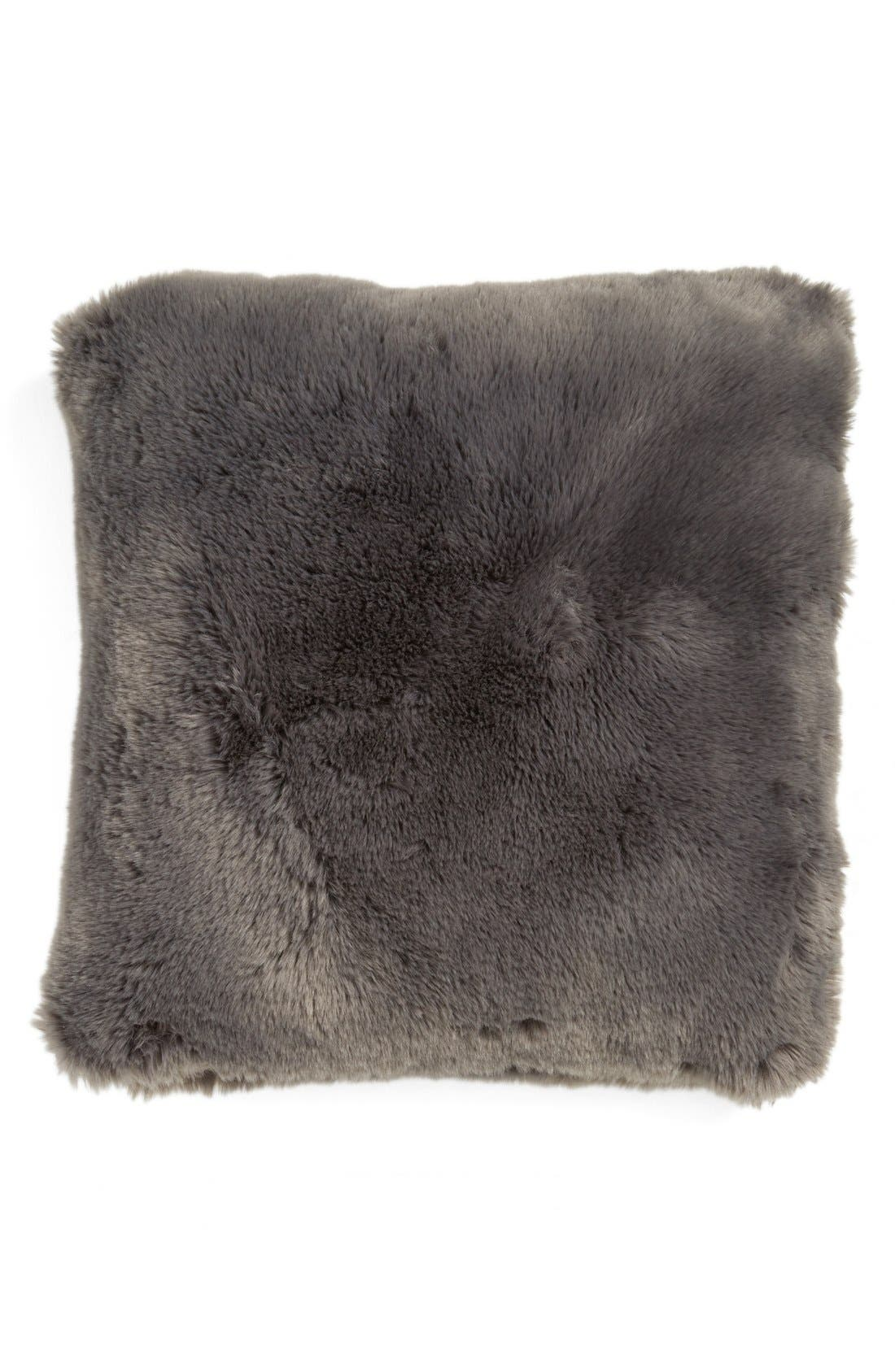 NORDSTROM AT HOME Cuddle Up Faux Fur Square
