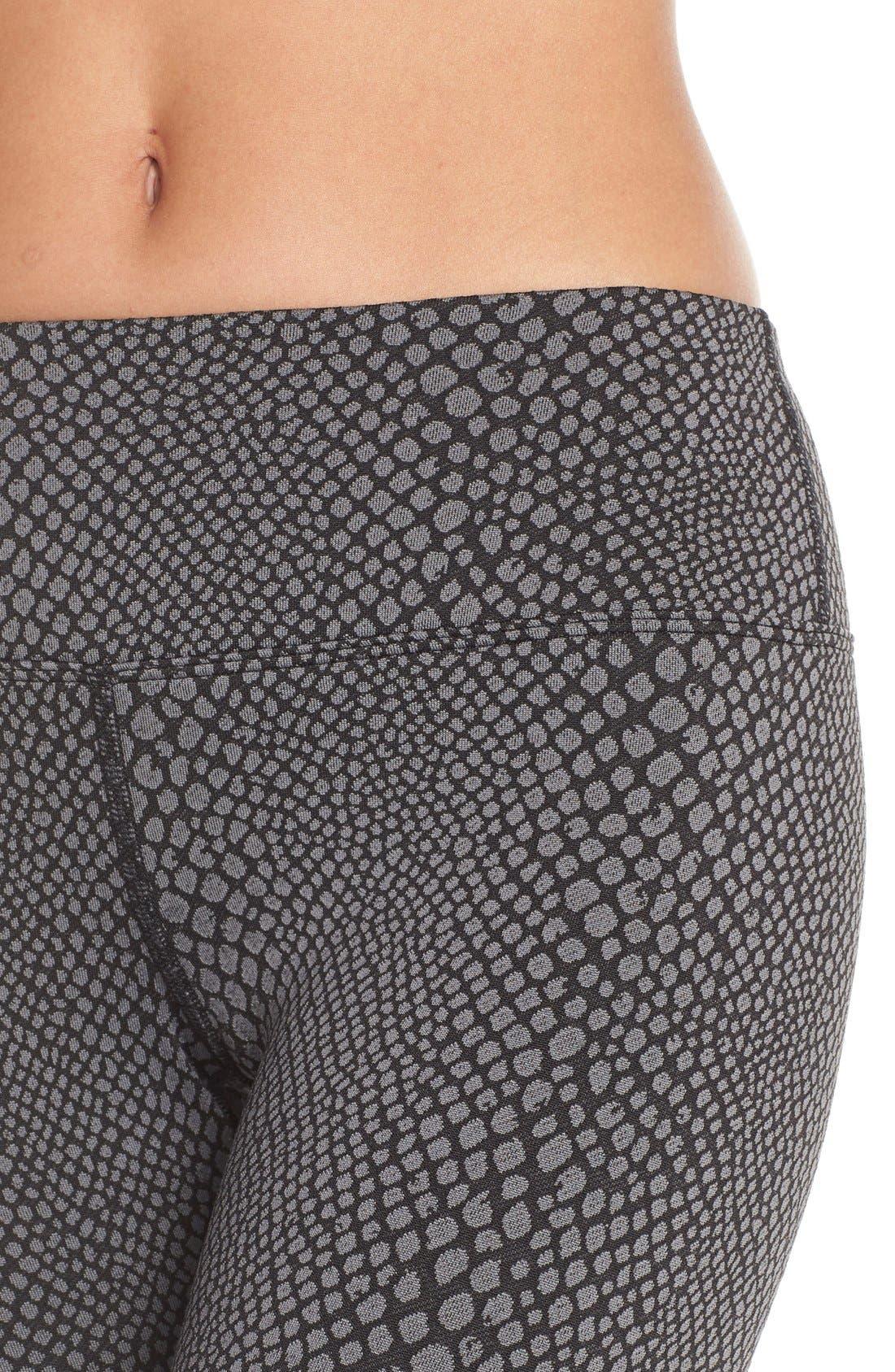 Alternate Image 4  - Hard Tail Flat Waist Crop Leggings