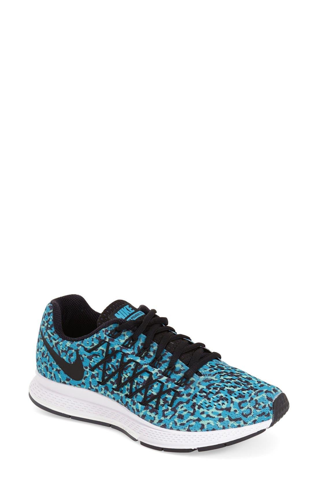 Alternate Image 1 Selected - Nike 'Air Zoom Pegasus 32' Running Shoe (Women)