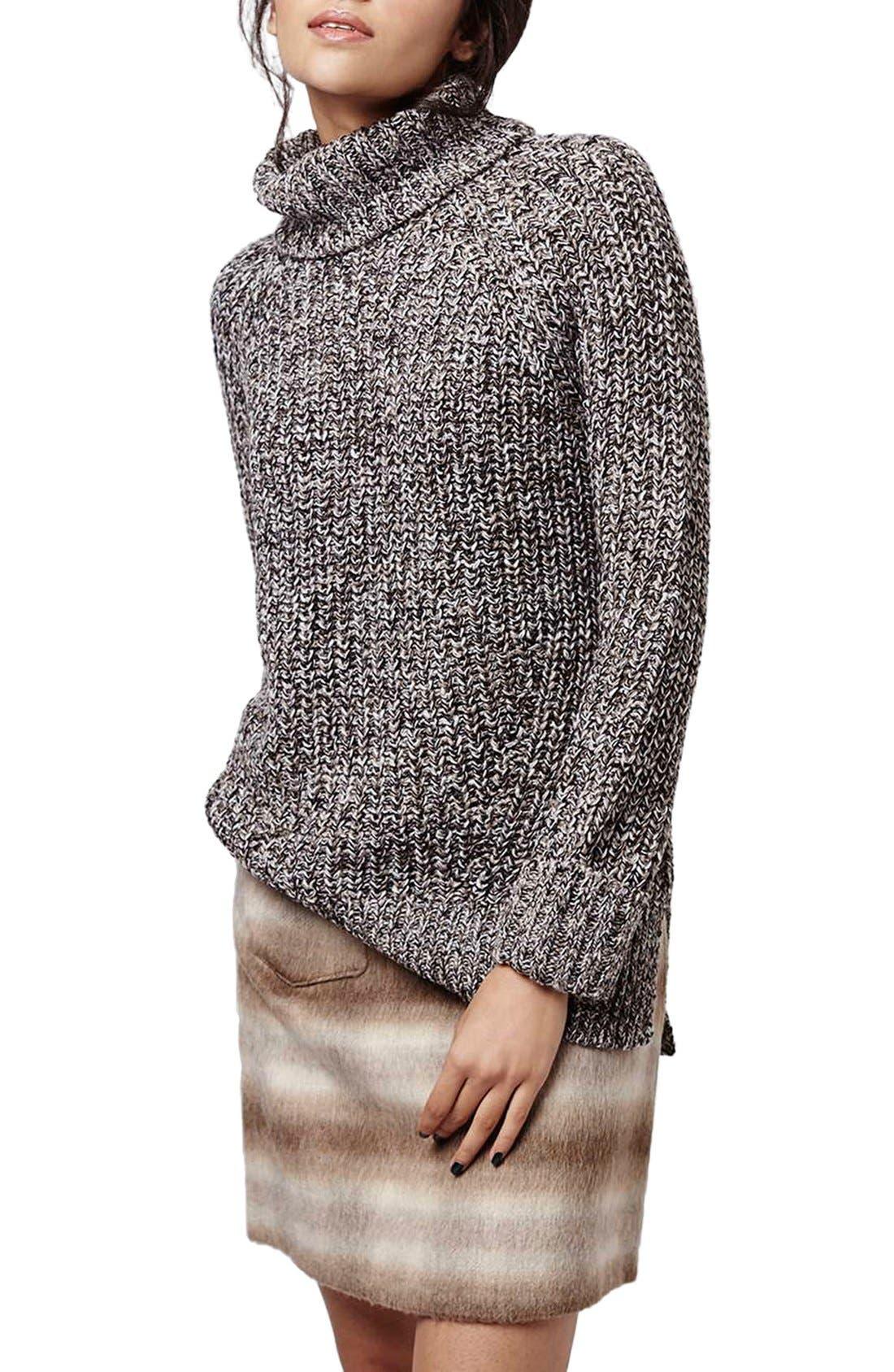 Main Image - Topshop Rolled Turtleneck Sweater