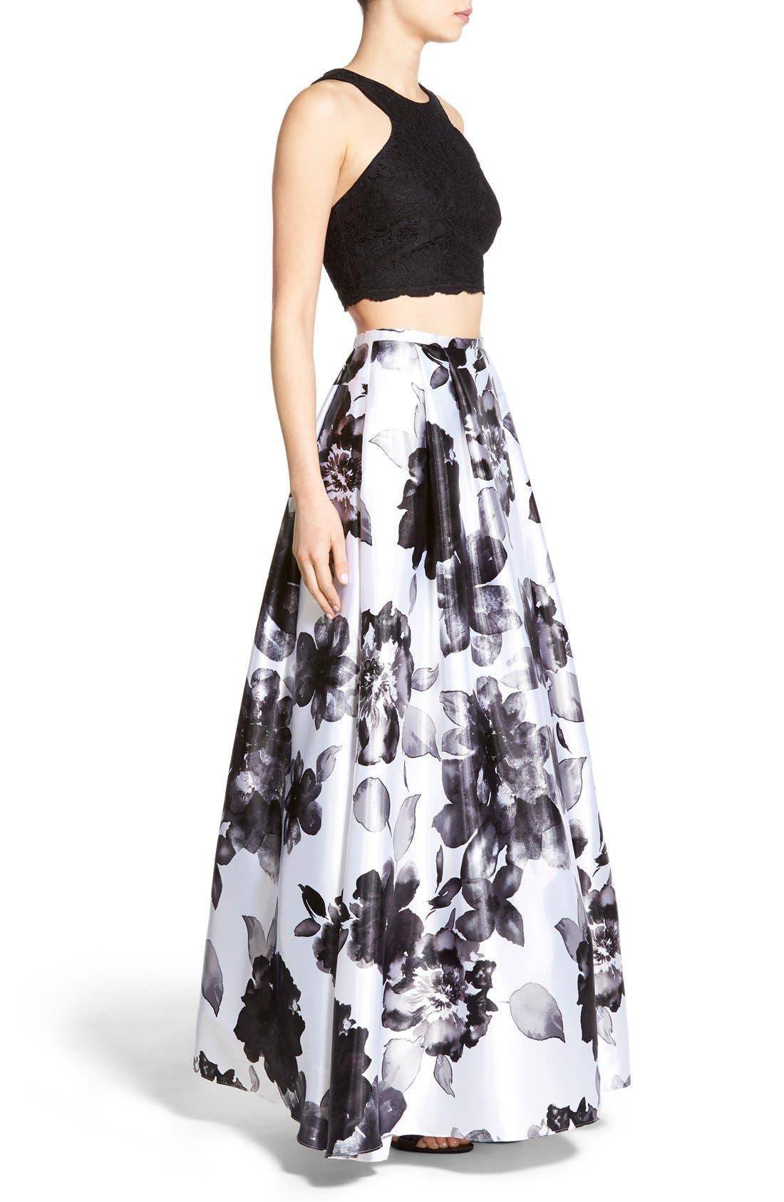 Alternate Image 3  - Blondie Nites Floral Print Two-Piece Gown