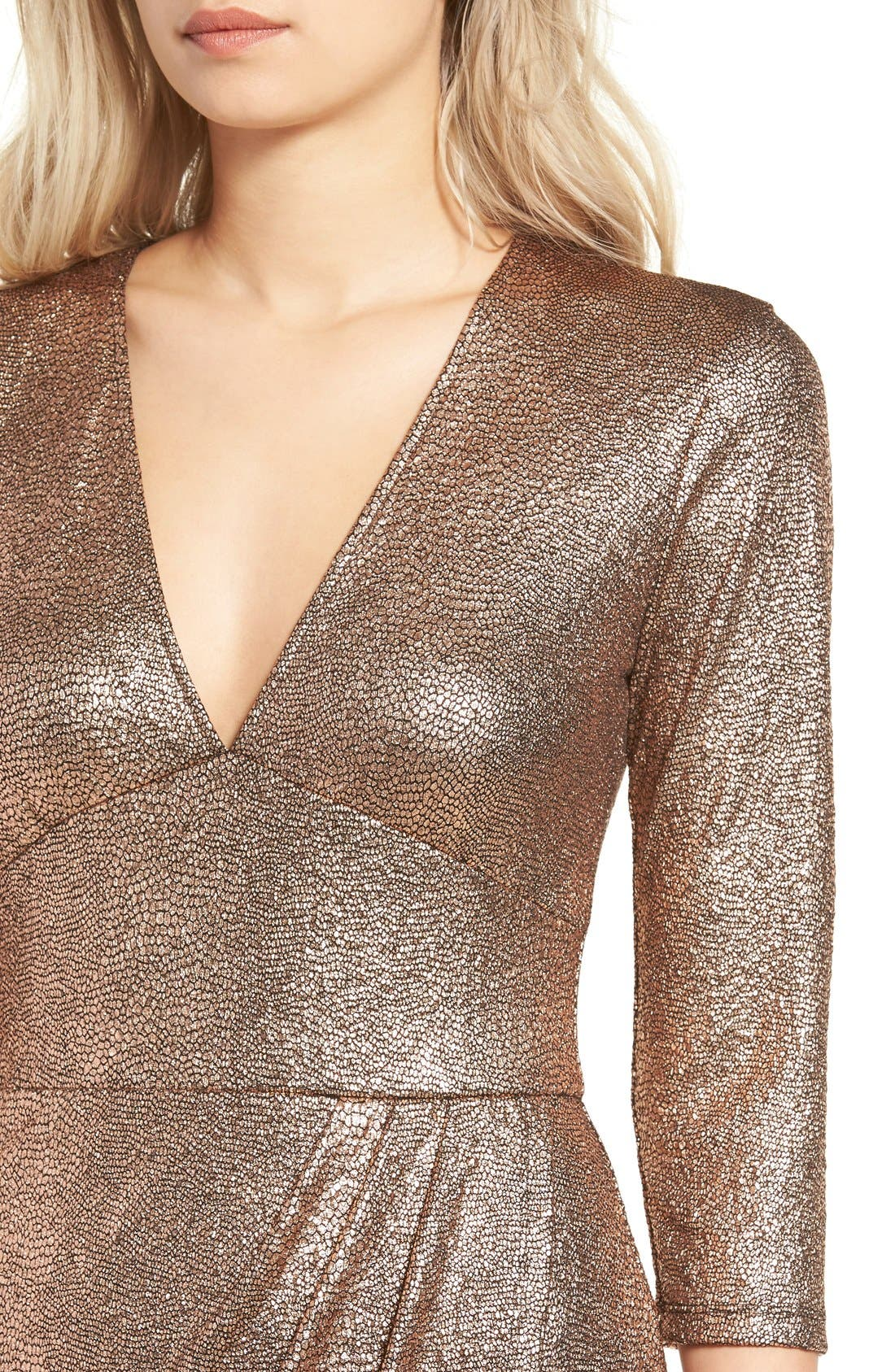Alternate Image 4  - Leith Metallic Body-Con Dress