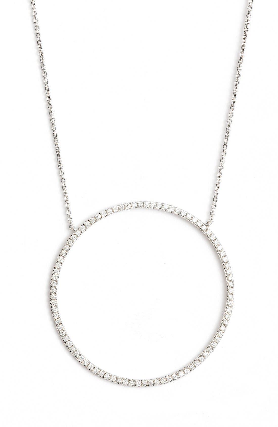 BONY LEVY Large Circle Pendant Necklace