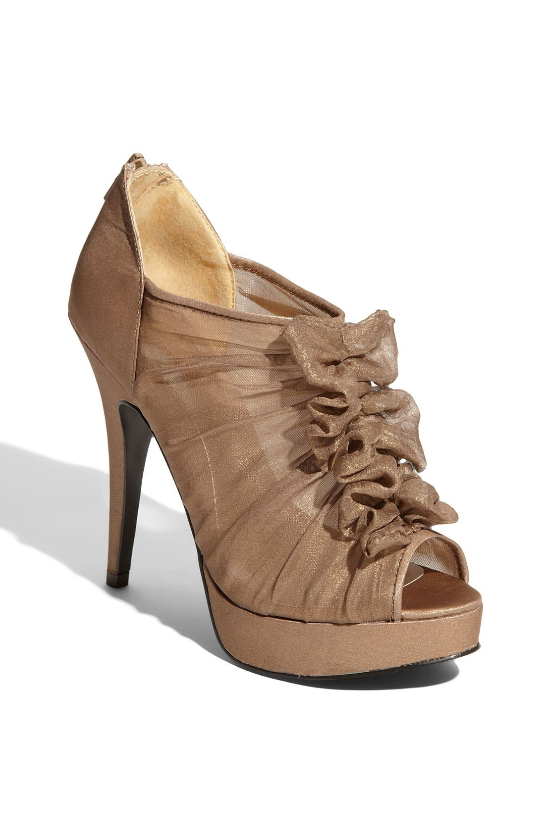 Alternate Image 1 Selected - Chinese Laundry 'Haylie' Pump