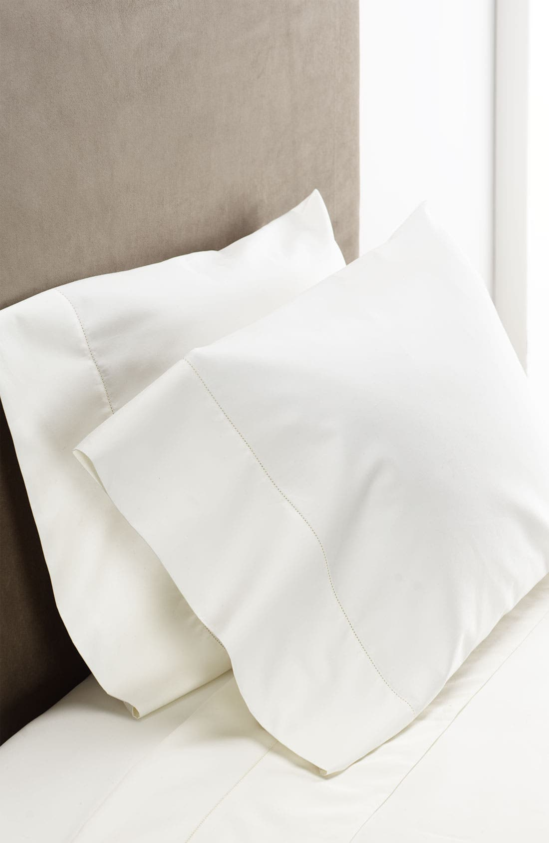 Alternate Image 1 Selected - Nordstrom 500 Thread Count Sateen Pillowcases (Set of 2)