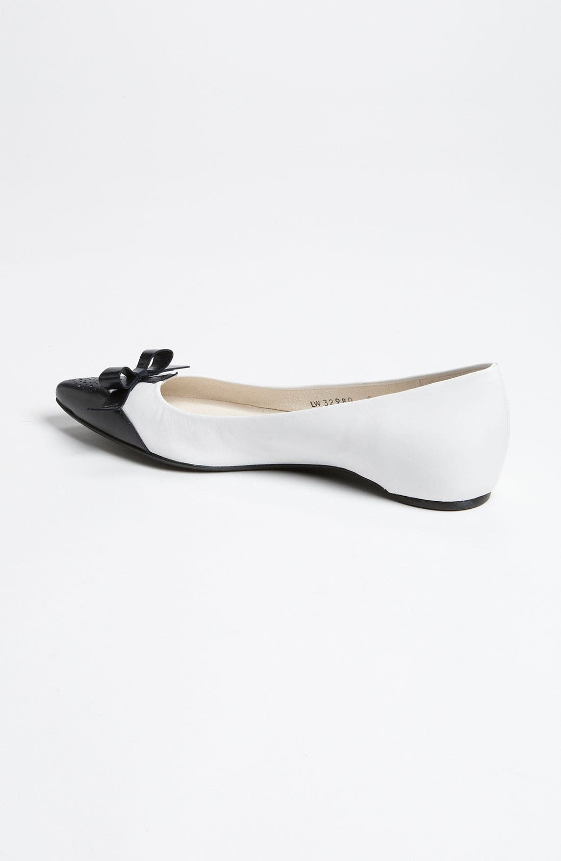 Alternate Image 2  - Stuart Weitzman 'Whiskerlo' Flat