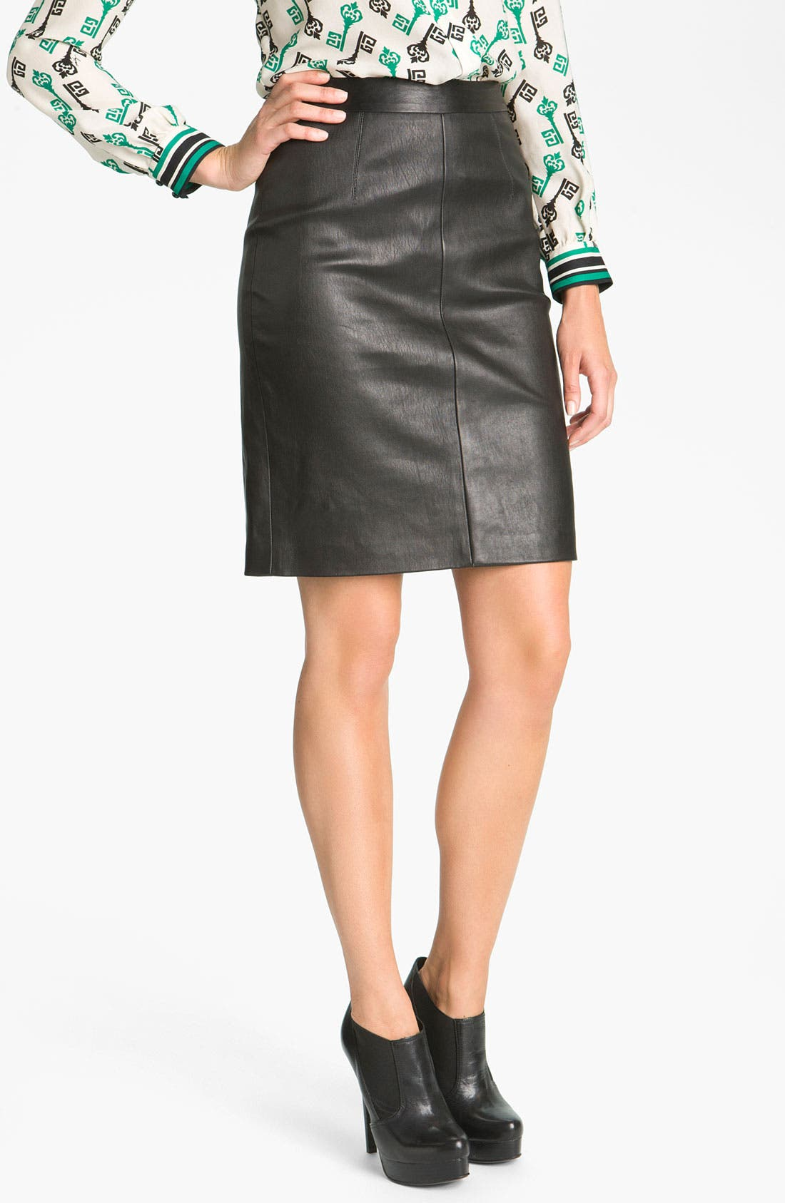 Main Image - Milly Seamed Pencil Skirt