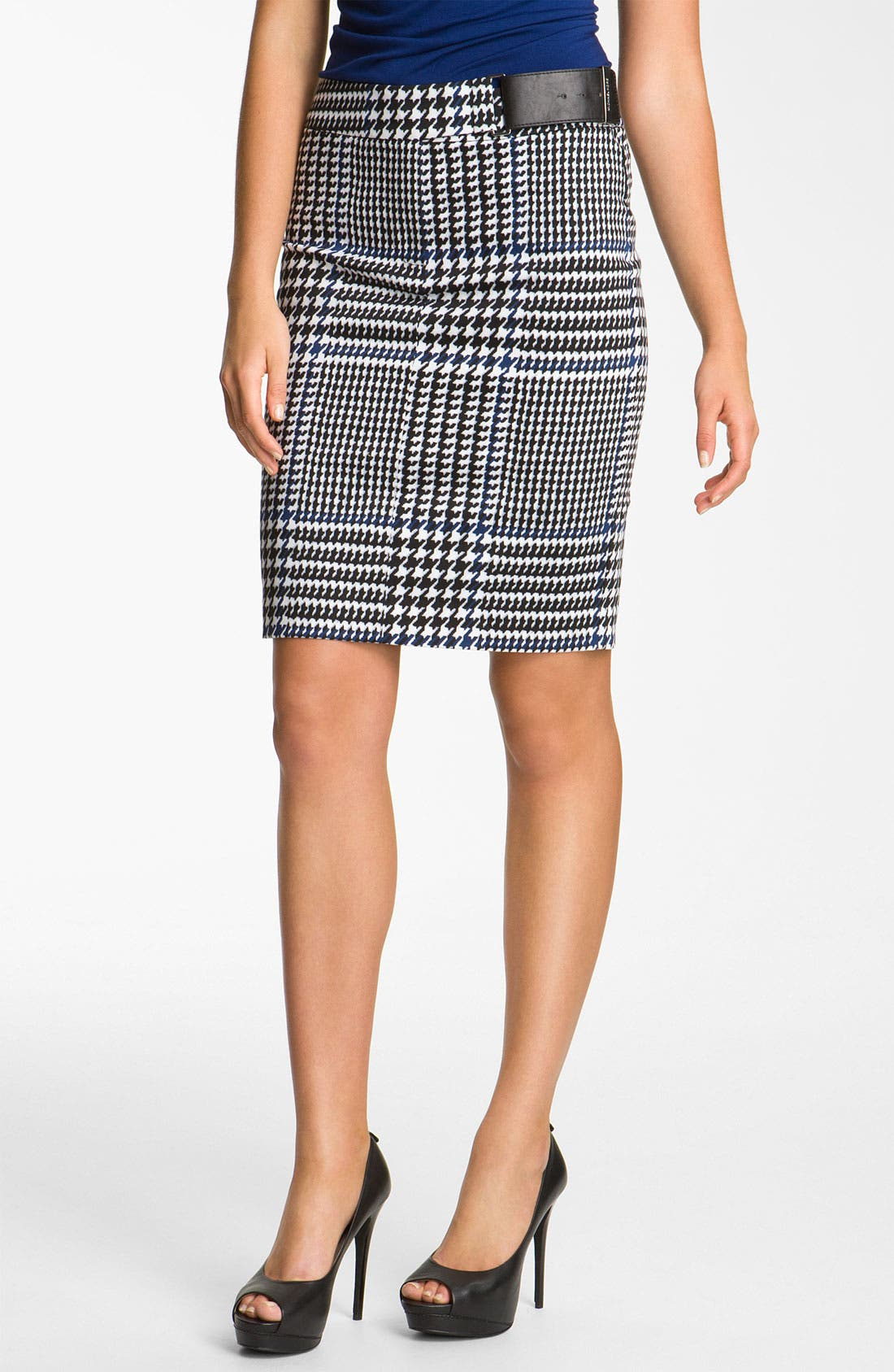 Main Image - MICHAEL Michael Kors Plaid Pencil Skirt