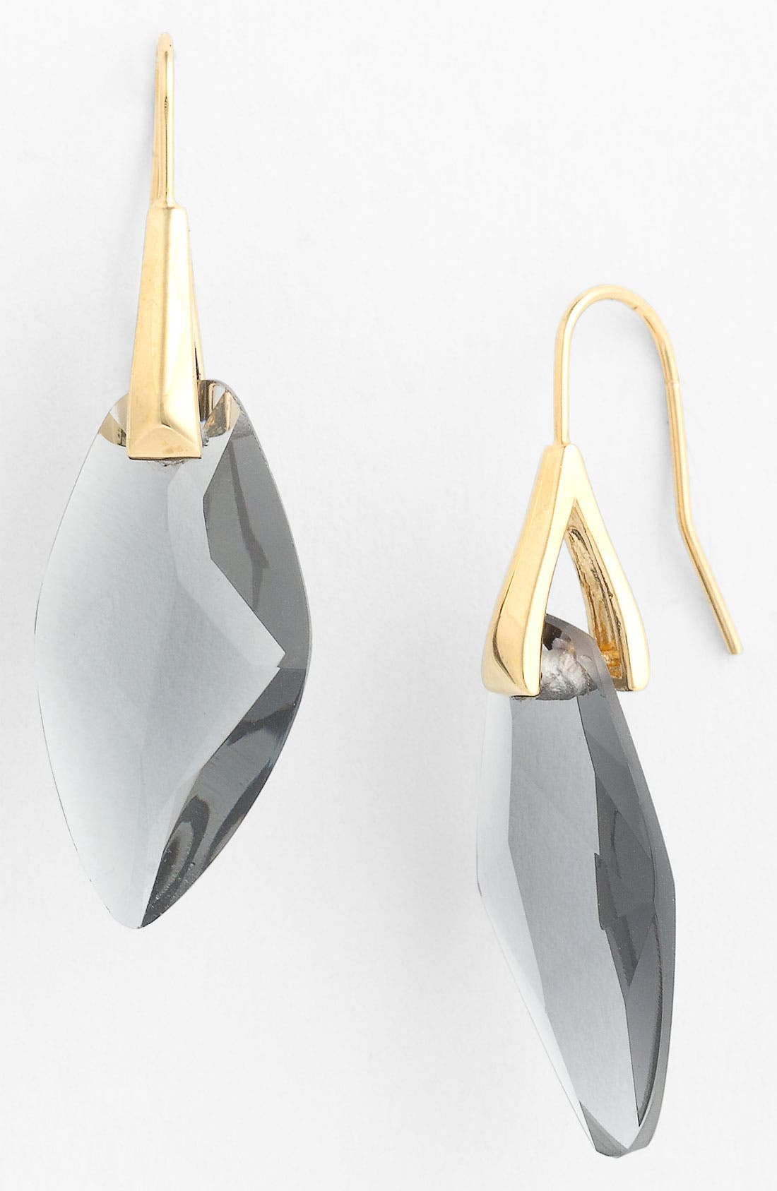 Alternate Image 1 Selected - Vince Camuto 'Basics' Drop Earrings