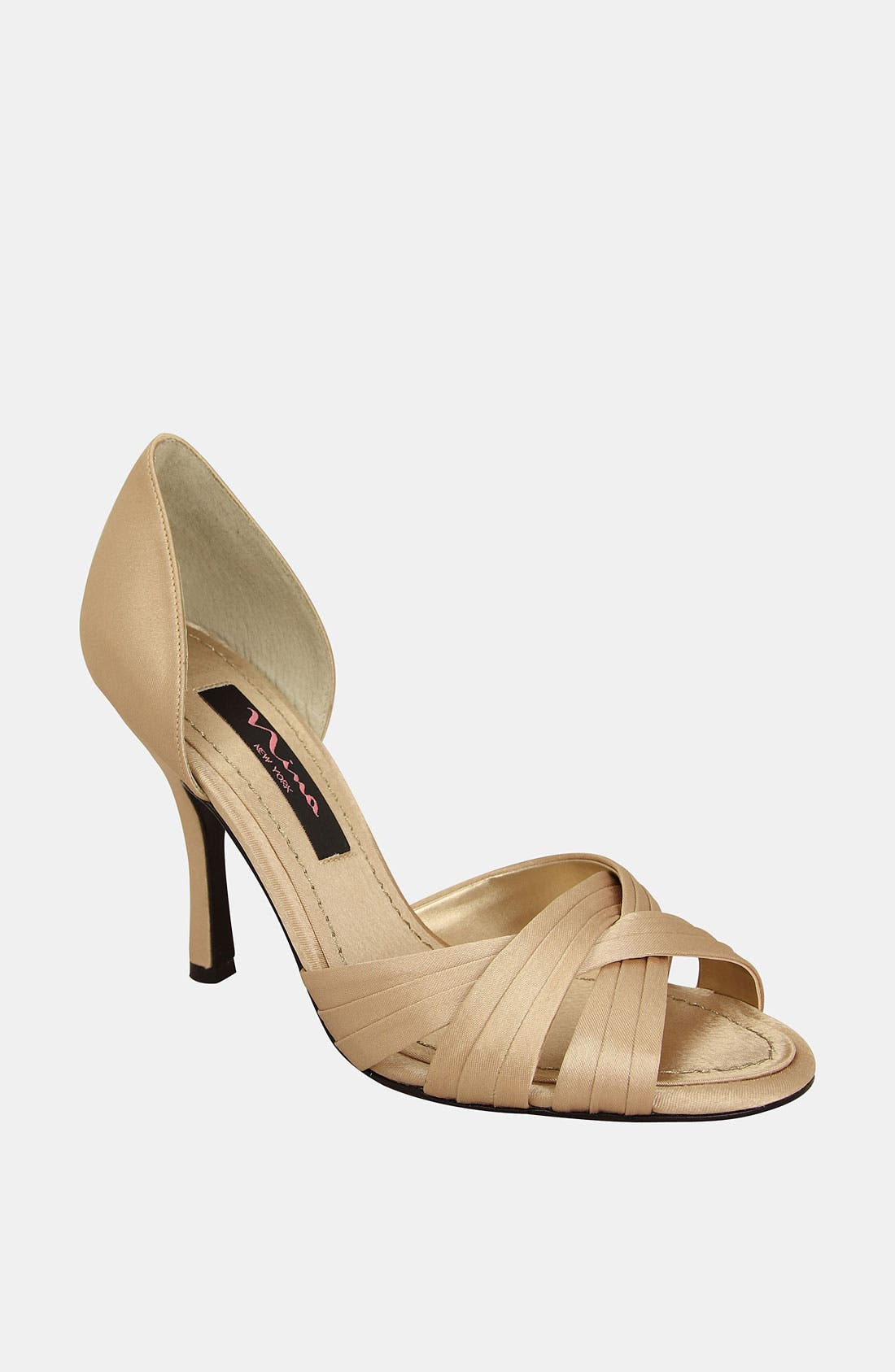 Alternate Image 1 Selected - Nina 'Cadence' Pump (Online Only)