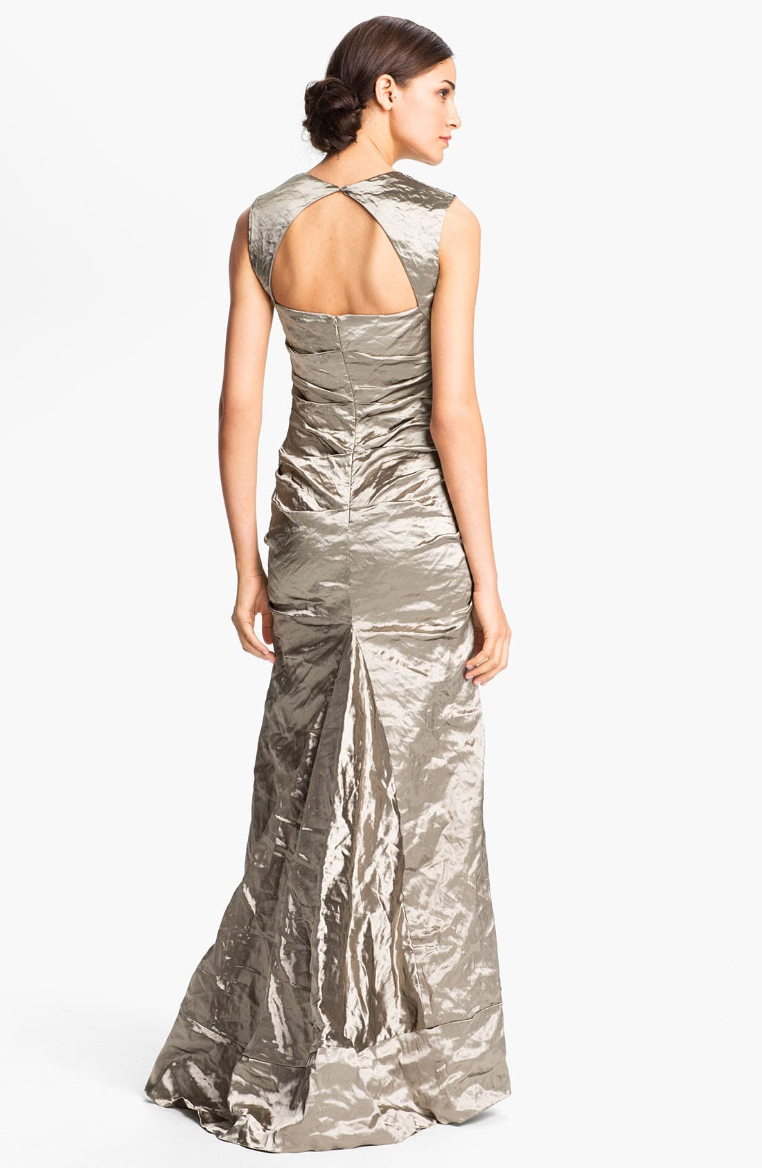 Alternate Image 2  - Nicole Miller Open Back Pleated Metallic Trumpet Gown