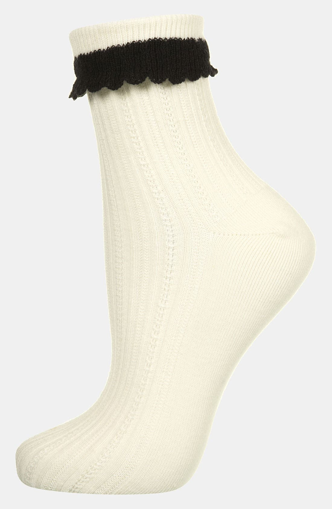 Main Image - Topshop Crochet Trim Ankle Socks