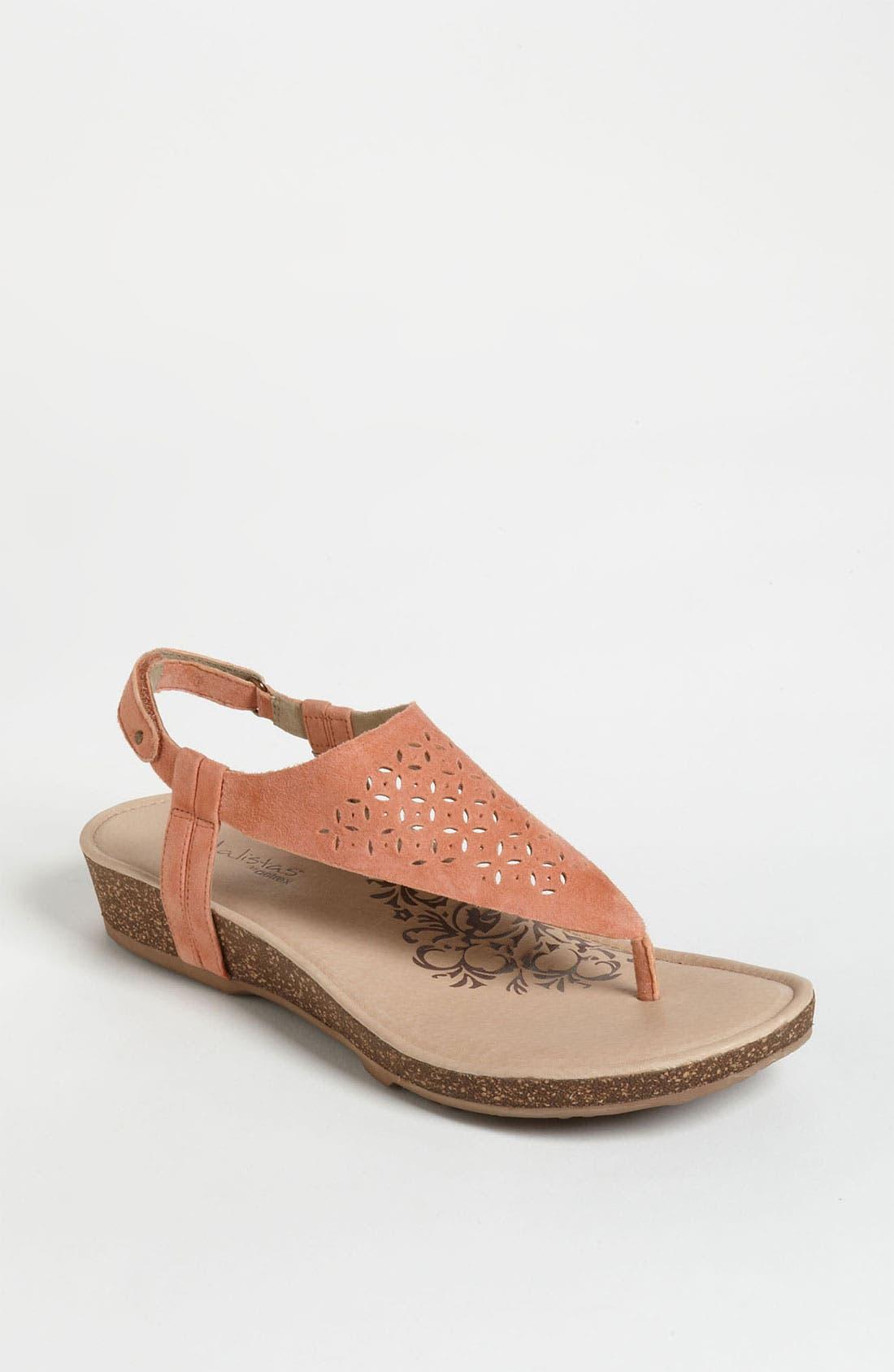 Main Image - Aetrex 'Cindi' Sandal (Online Only)
