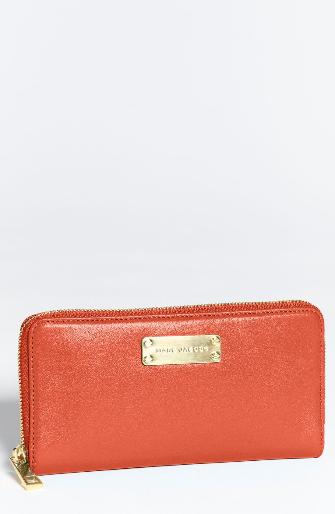 Alternate Image 1 Selected - MARC JACOBS 'Deluxe' Leather Zip Wallet