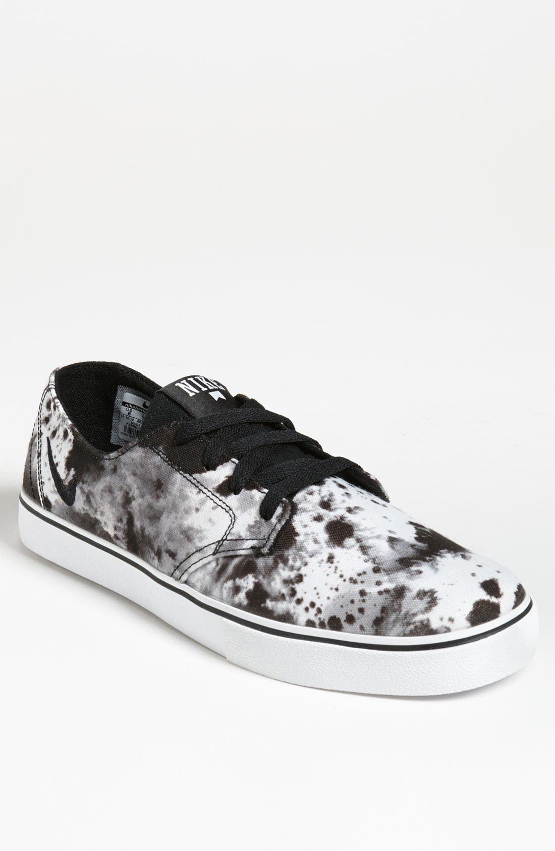 Alternate Image 1 Selected - Nike 'Braata Leather Premium' Sneaker