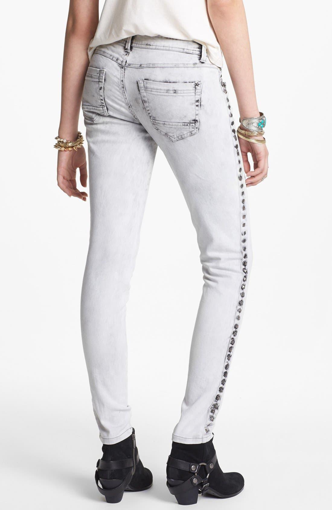 Alternate Image 2  - Fire Studded Acid Wash Skinny Jeans (Grey) (Juniors)