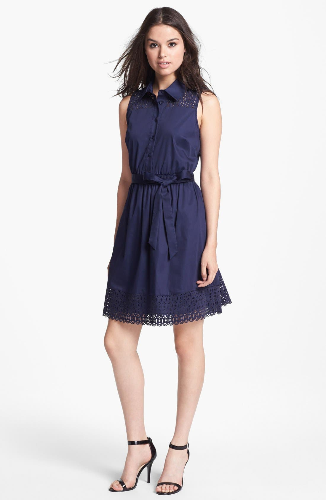Main Image - Laundry by Shelli Segal Sleeveless Laser Cut Shirtdress (Petite)