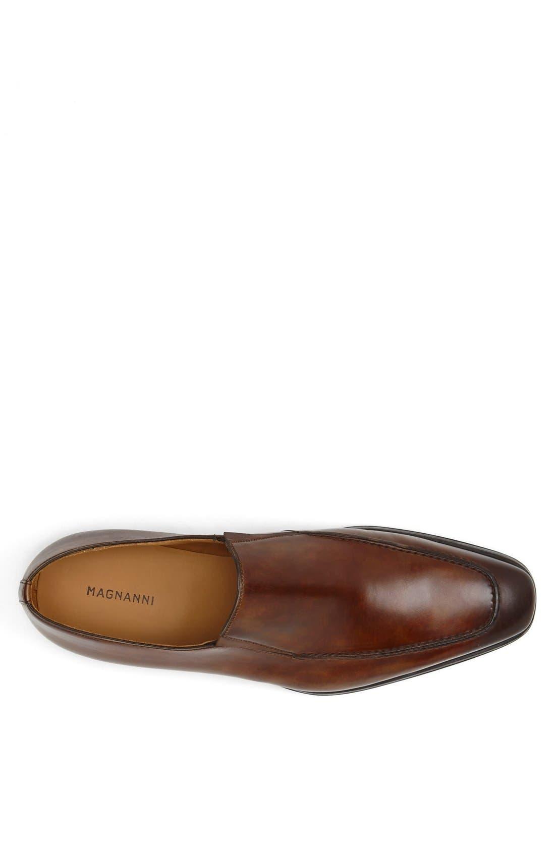 Alternate Image 3  - Magnanni 'Leo' Venetian Loafer