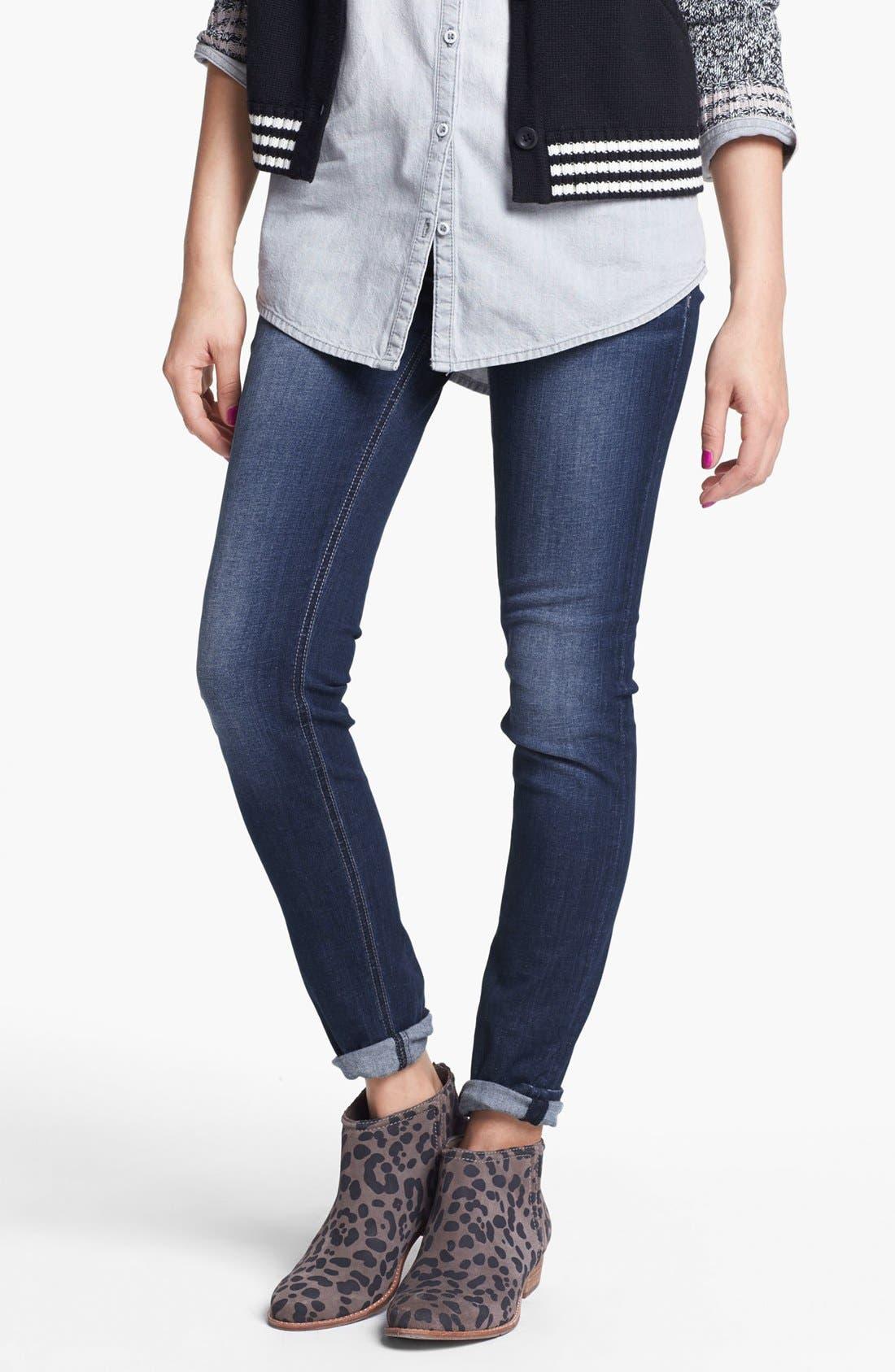 Main Image - Vigoss Embossed Pocket Skinny Stretch Jeans (Medium) (Juniors)