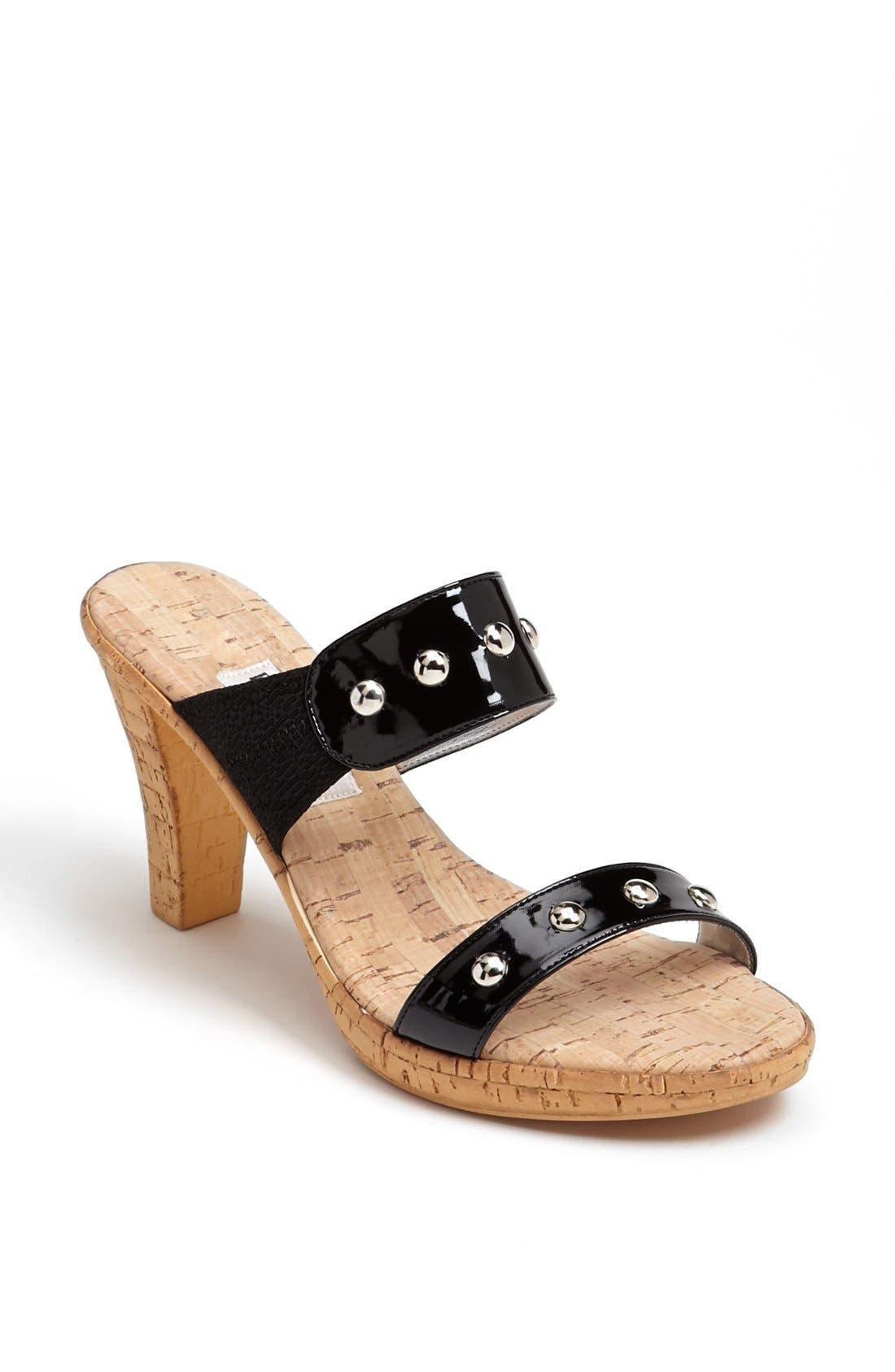 Main Image - Dezario 'Austin' Sandal