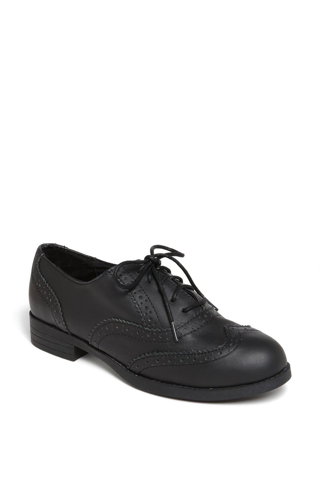 Main Image - Topshop 'Multiply' Oxford Flat