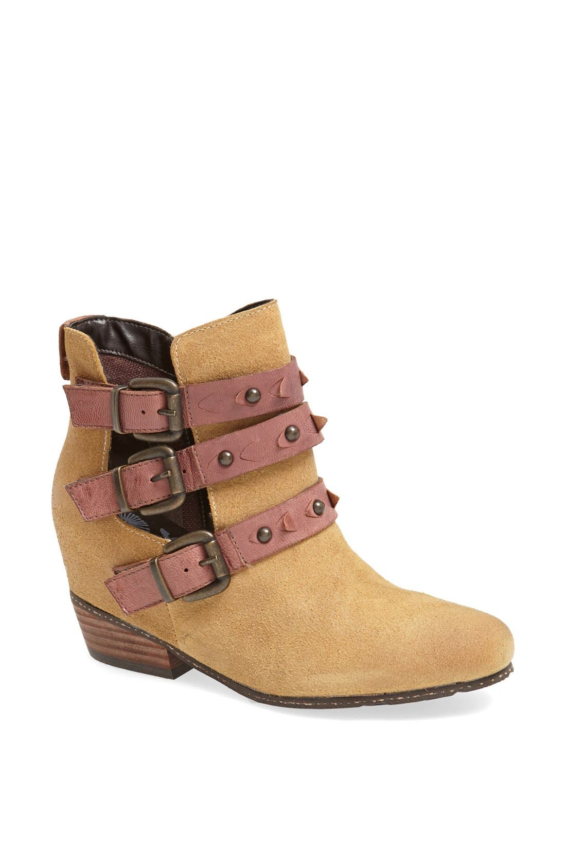 Main Image - OTBT 'Valley View' Bootie