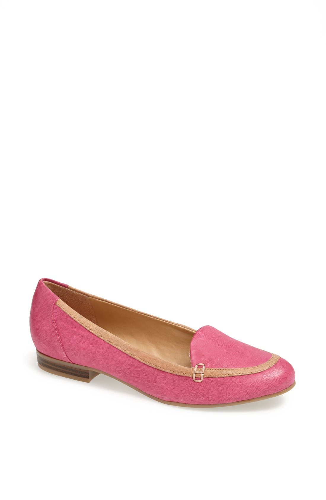 Alternate Image 1 Selected - Naturalizer 'Lancelot' Leather Flat
