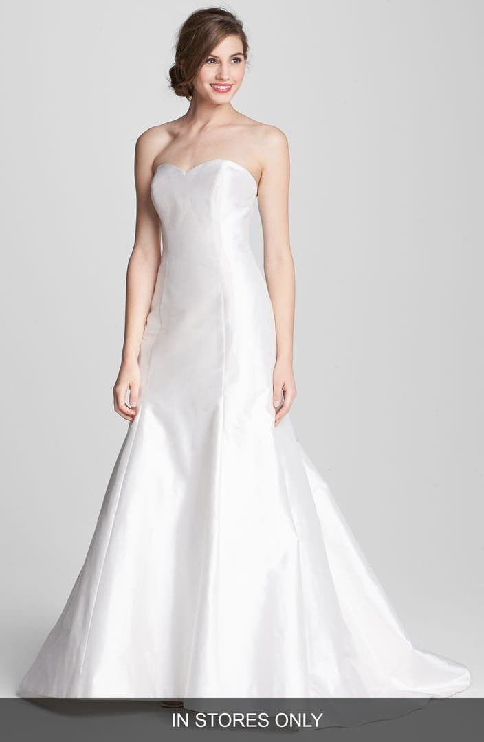 Heidi elnora 39 coco marie 39 silk trumpet dress in stores for Wedding dress dry cleaning near me