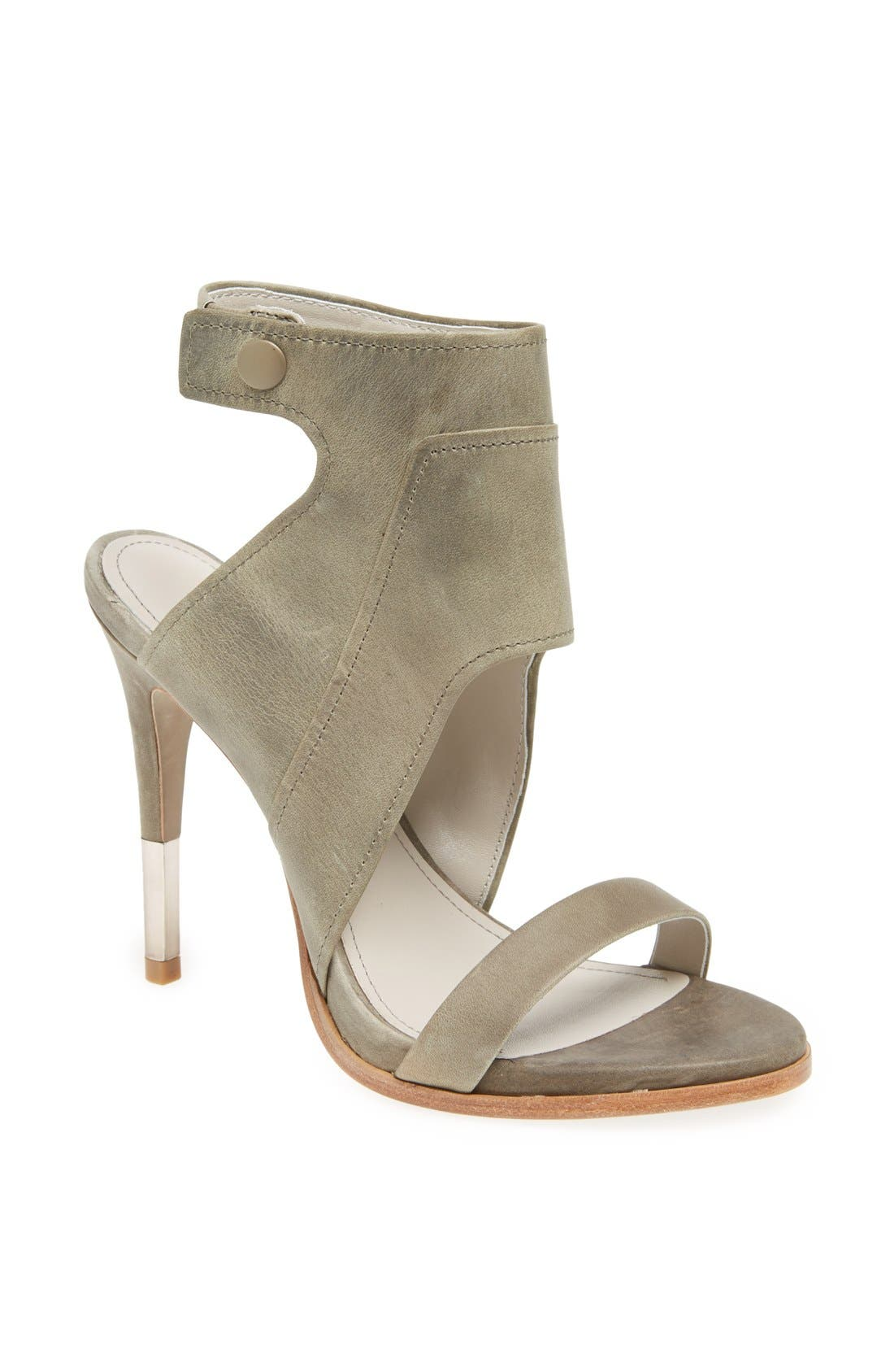 Alternate Image 1 Selected - Pour la Victoire 'Venga' Sandal