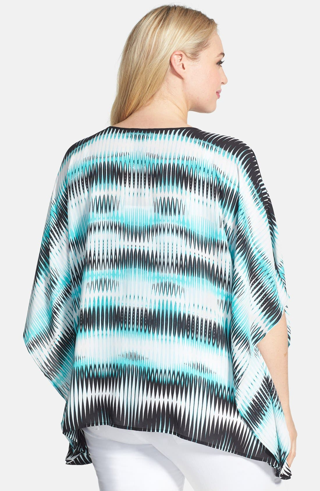 Alternate Image 2  - Vince Camuto 'Linear Echoes' Caftan Style Top (Plus Size)