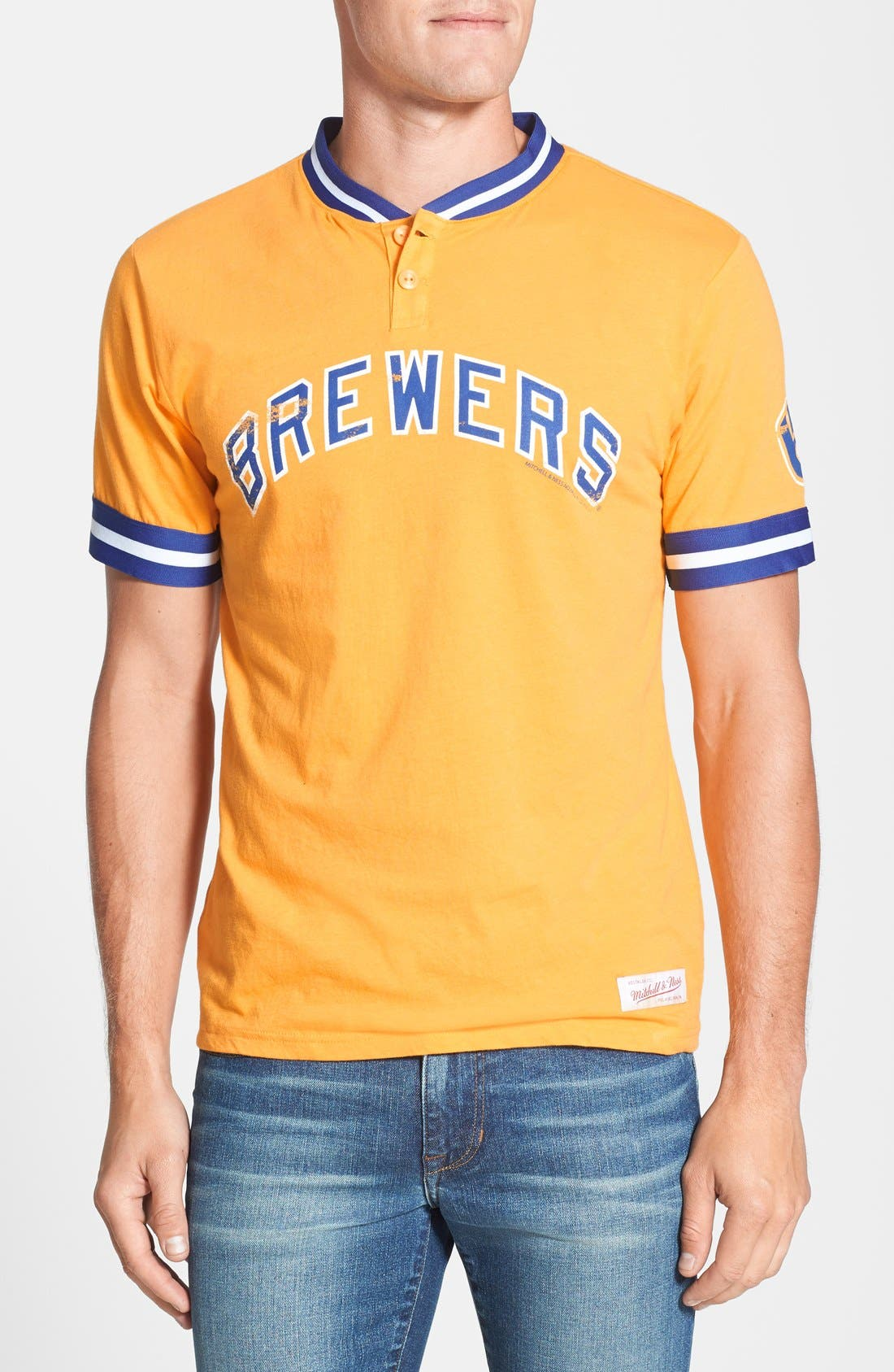Main Image - Mitchell & Ness 'Milwaukee Brewers - Game Ball' Tailored Fit Short Sleeve Henley