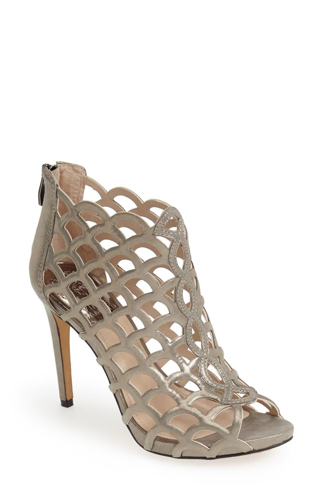 Alternate Image 1 Selected - Vince Camuto 'Fontanela' Sandal
