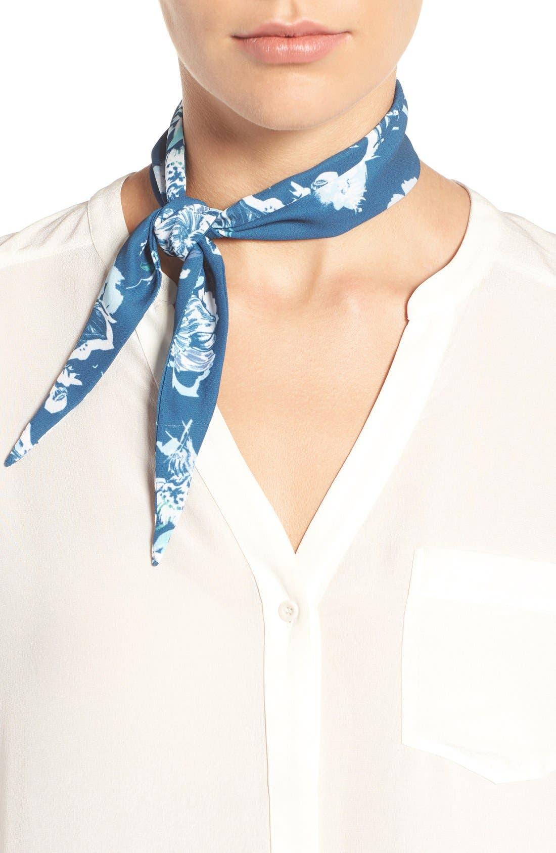 Main Image - Halogen® Cutout Floral Neck Scarf