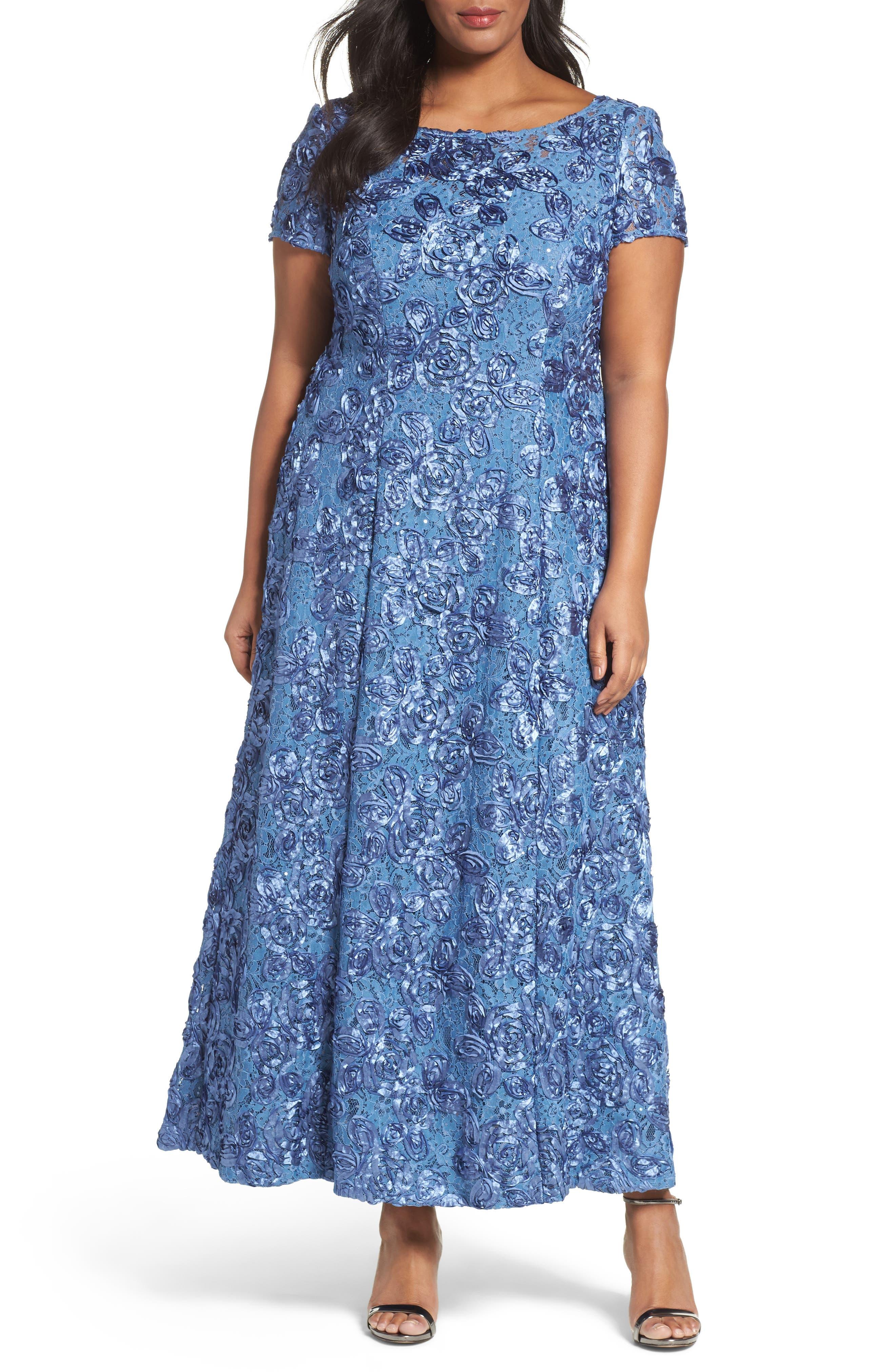Main Image - Alex Evenings Rosette Lace Short Sleeve A-Line Gown (PlusSize)