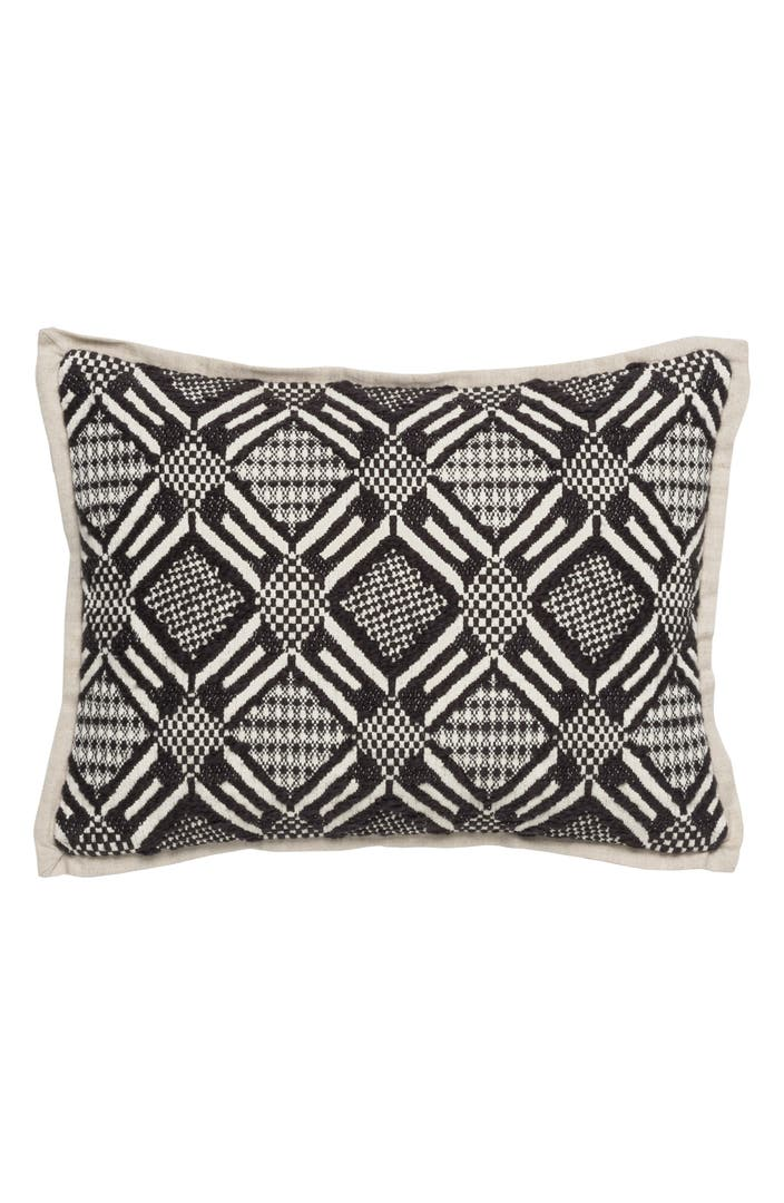 Villa home collection jazlyn accent pillow nordstrom for Villa home collection pillows