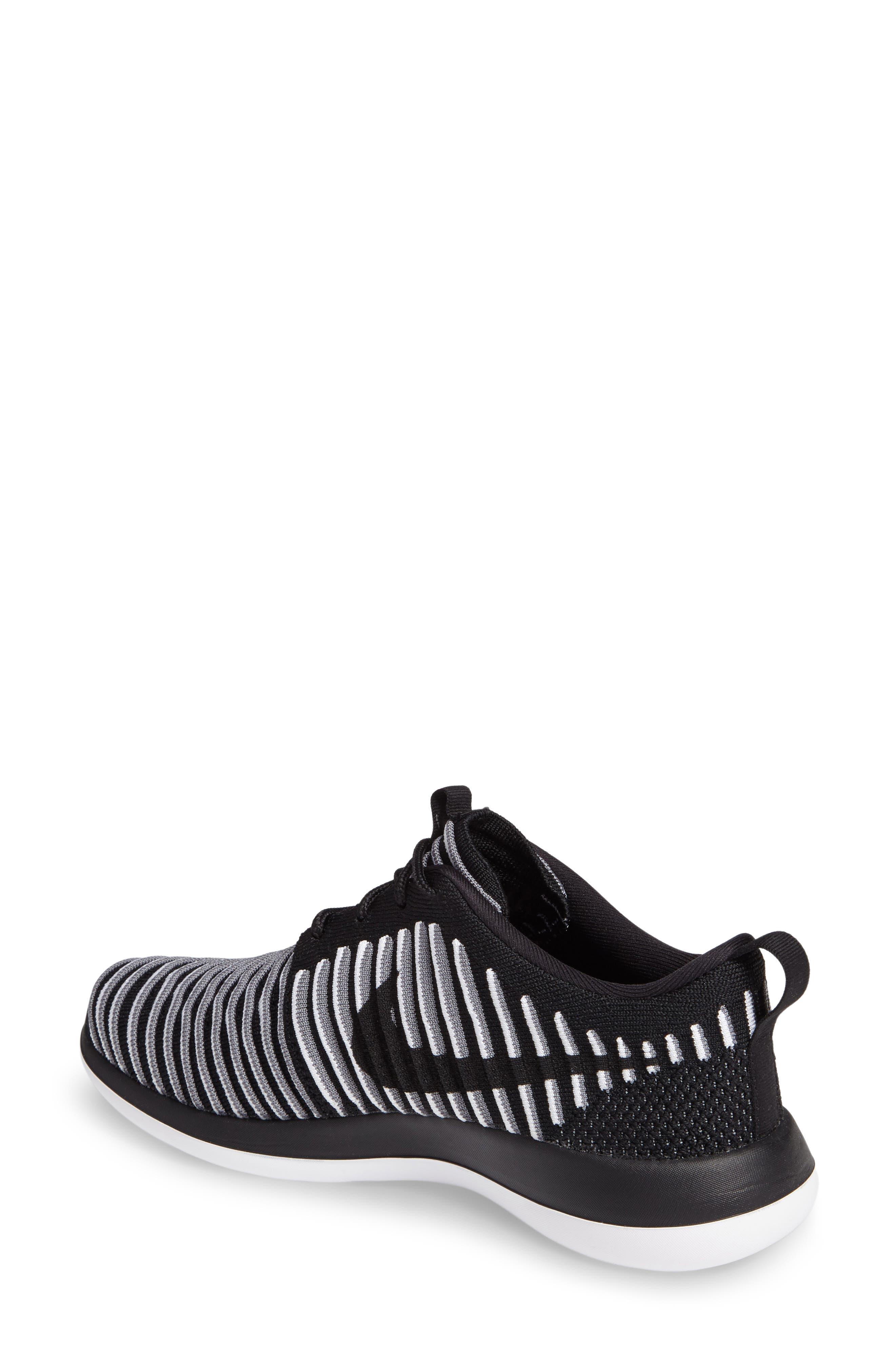 Alternate Image 2  - Nike Roshe Two FlyKnit Sneaker (Women)