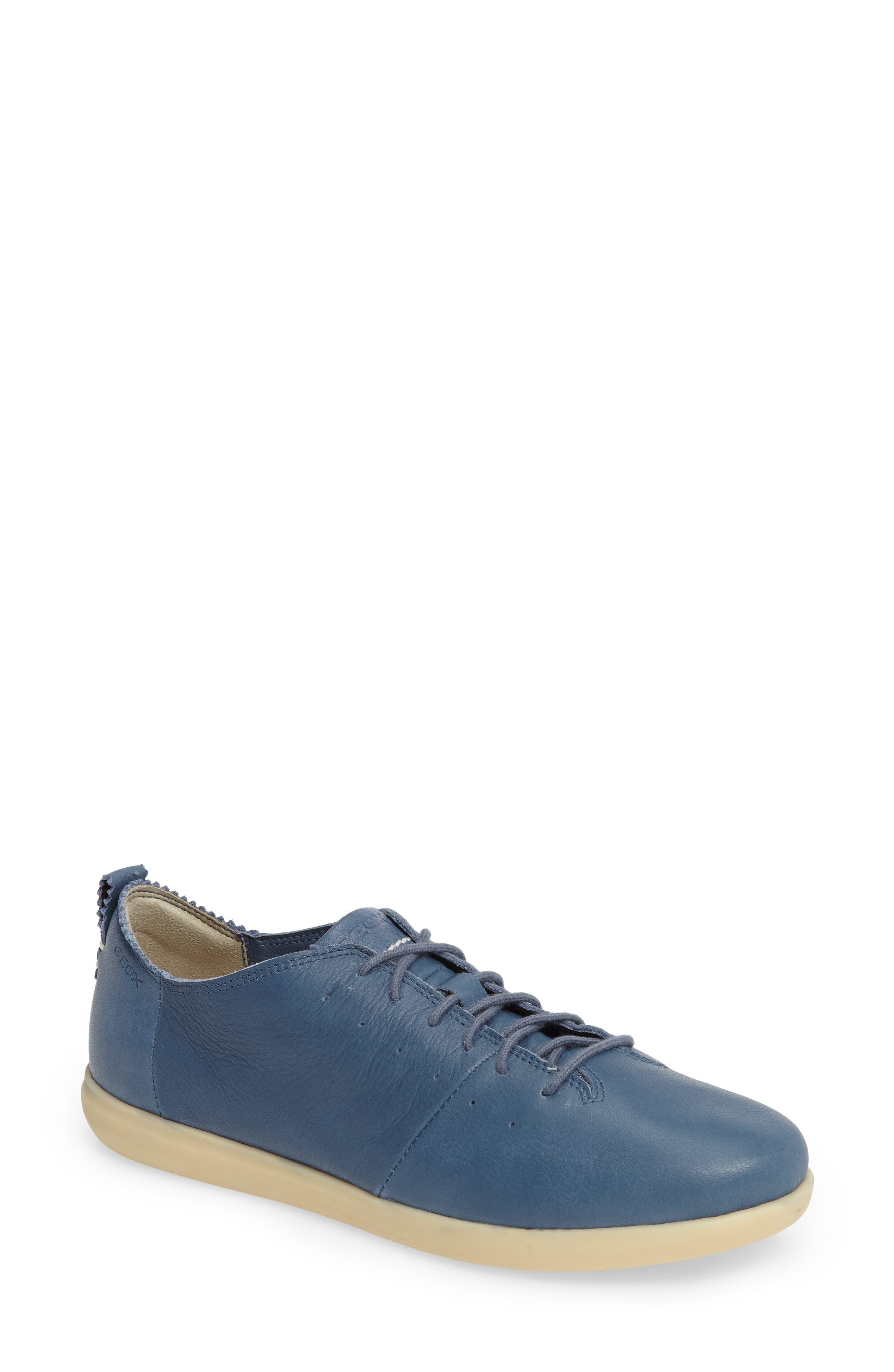 Geox New Do Sneaker (Women)