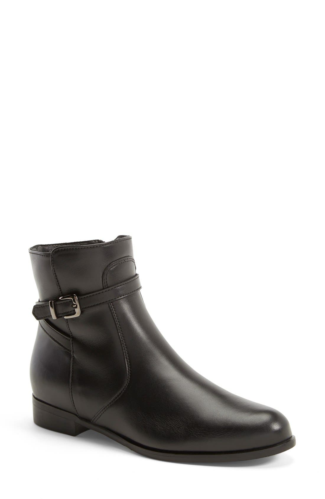 La Canadienne 'Scarlet' Waterproof Bootie (Women)
