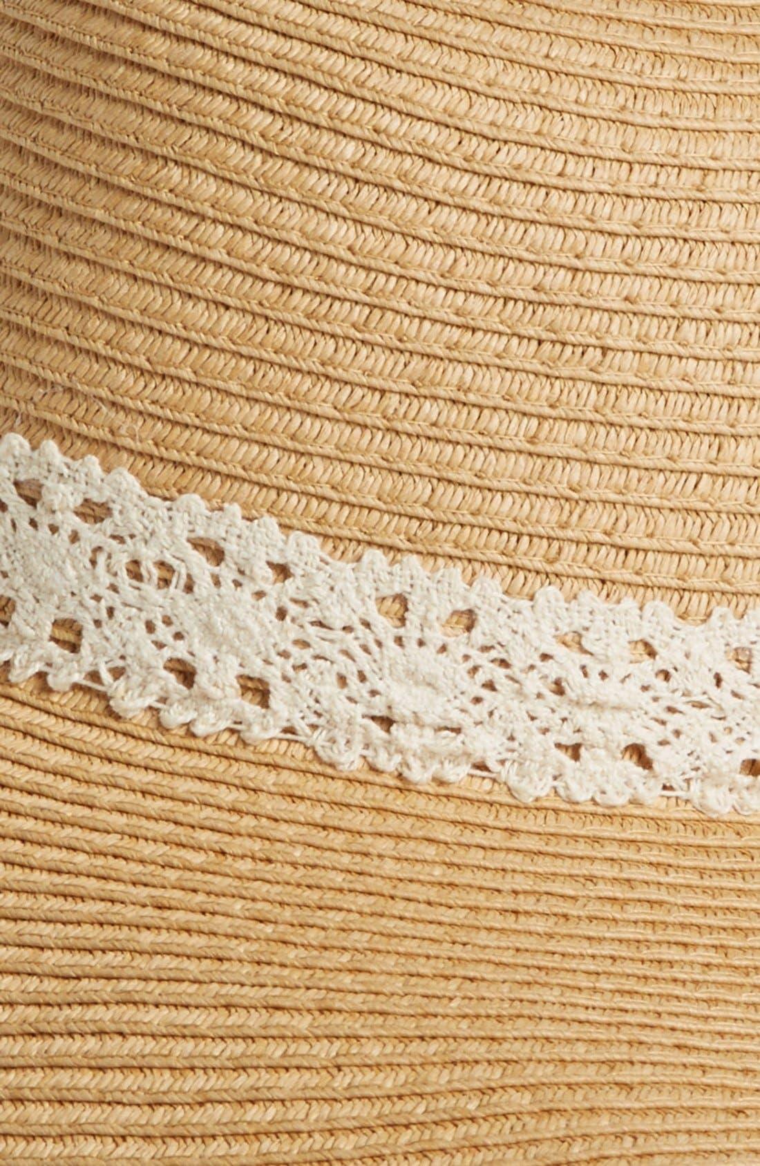 Alternate Image 2  - Amici Accessories Crochet Band Floppy Straw Hat