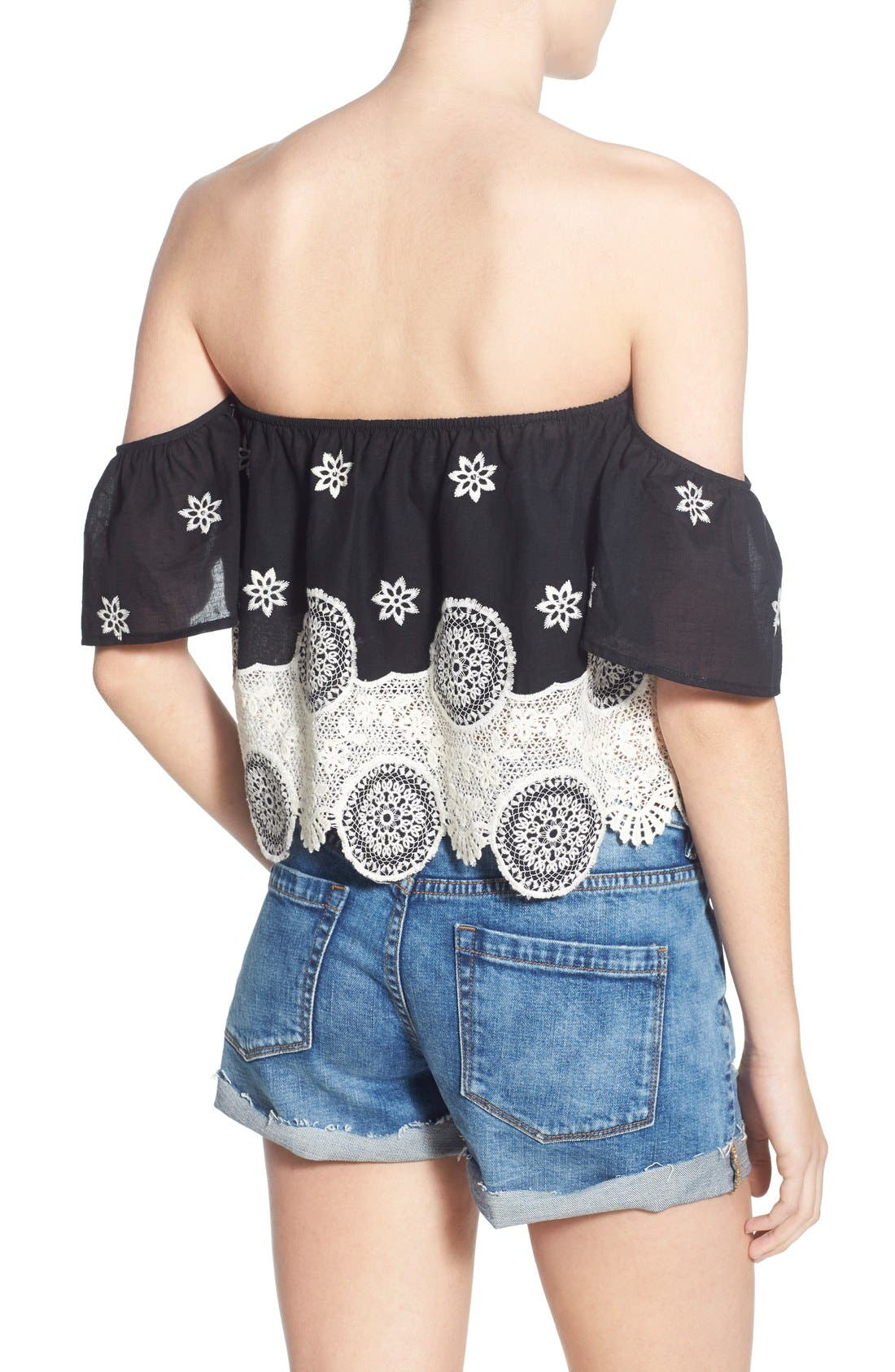 Alternate Image 2  - 4SI3NNA Lace Off the Shoulder Crop Top