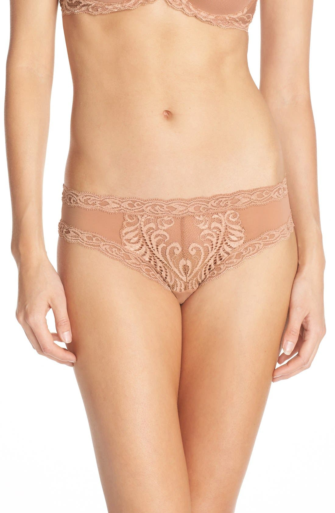 Main Image - Natori Feathers Hipster Briefs