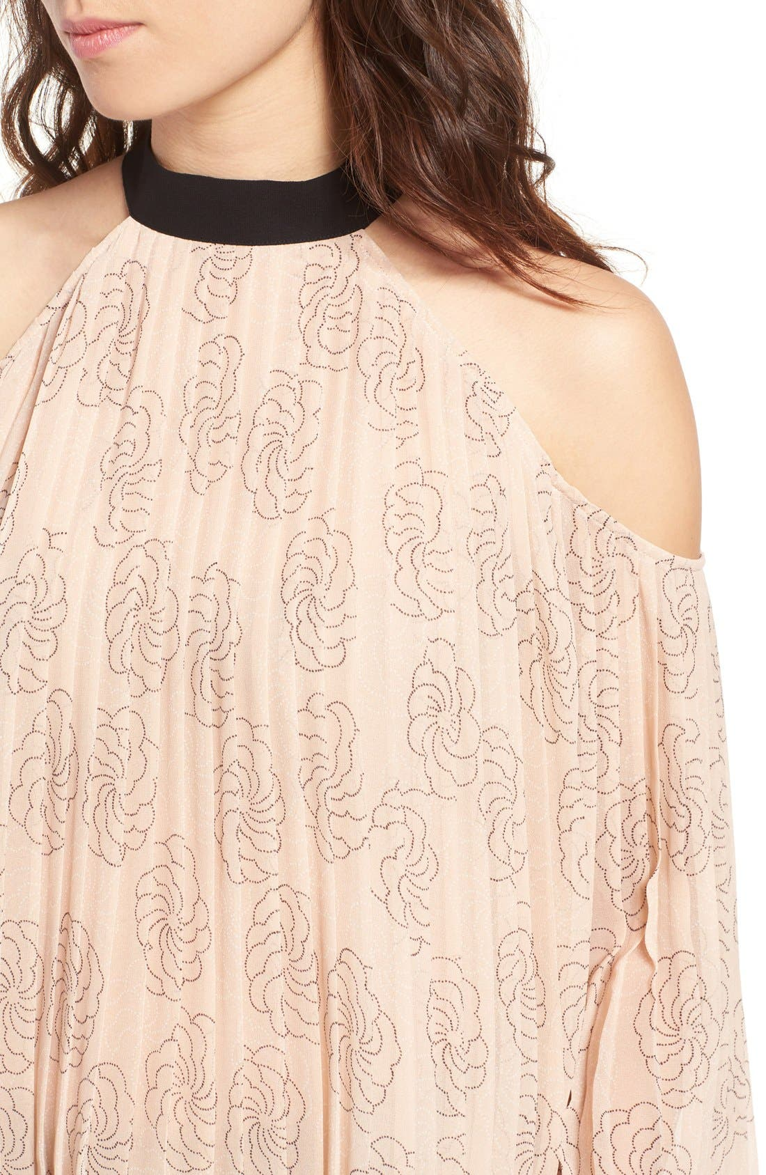 Alternate Image 4  - Chelsea28 Pleat Cold Shoulder Top
