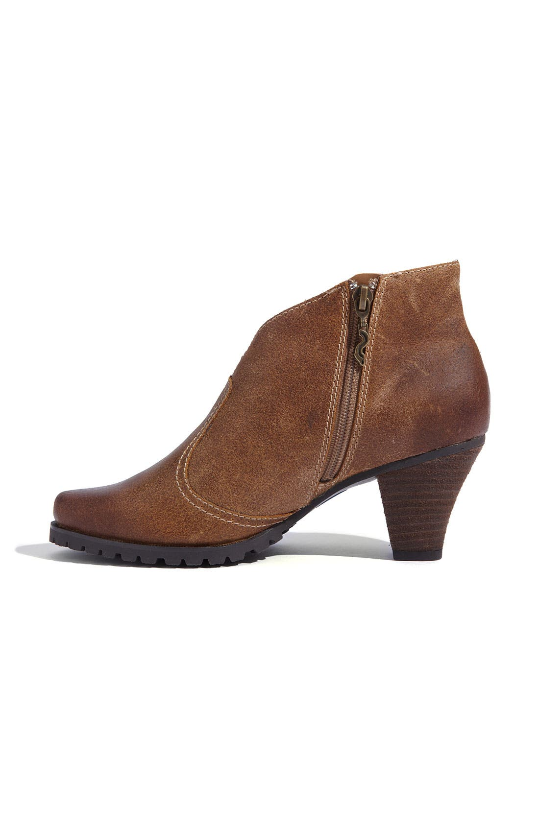 Alternate Image 2  - SoftWalk® 'Dakota' Boot