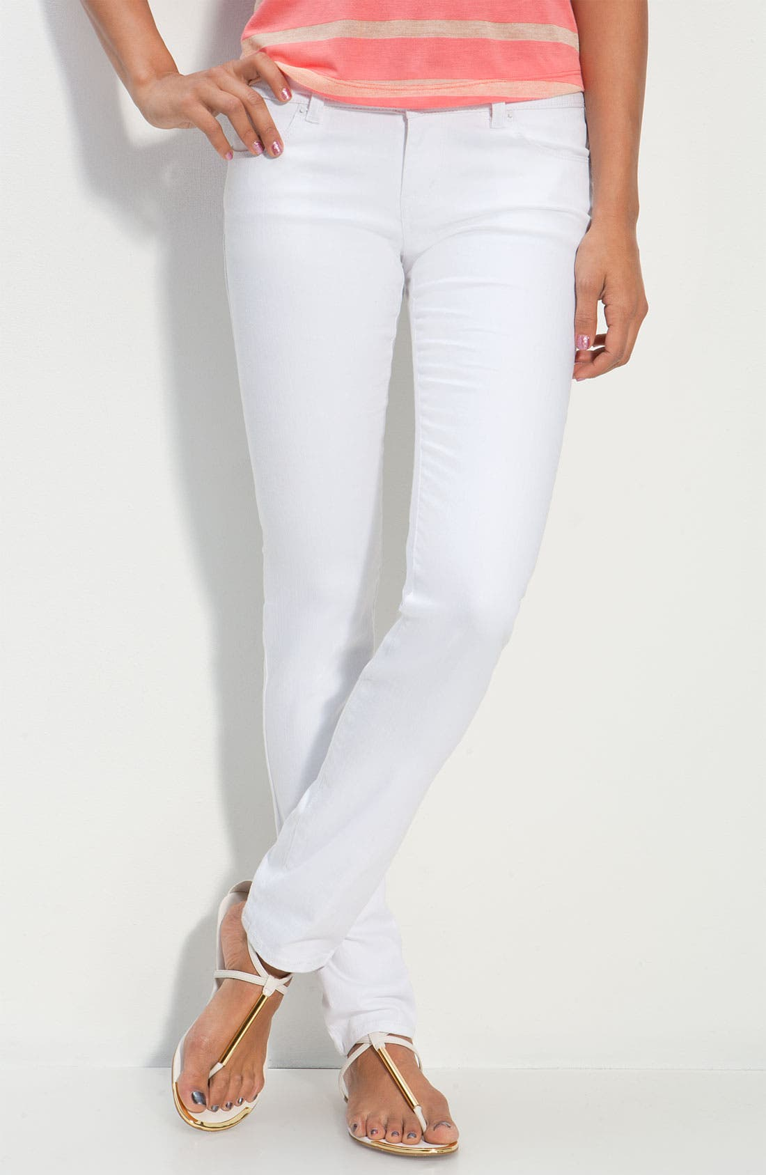 Alternate Image 2  - S.O.N.G. Skinny Leg Jeans (Crystal White Wash) (Juniors)