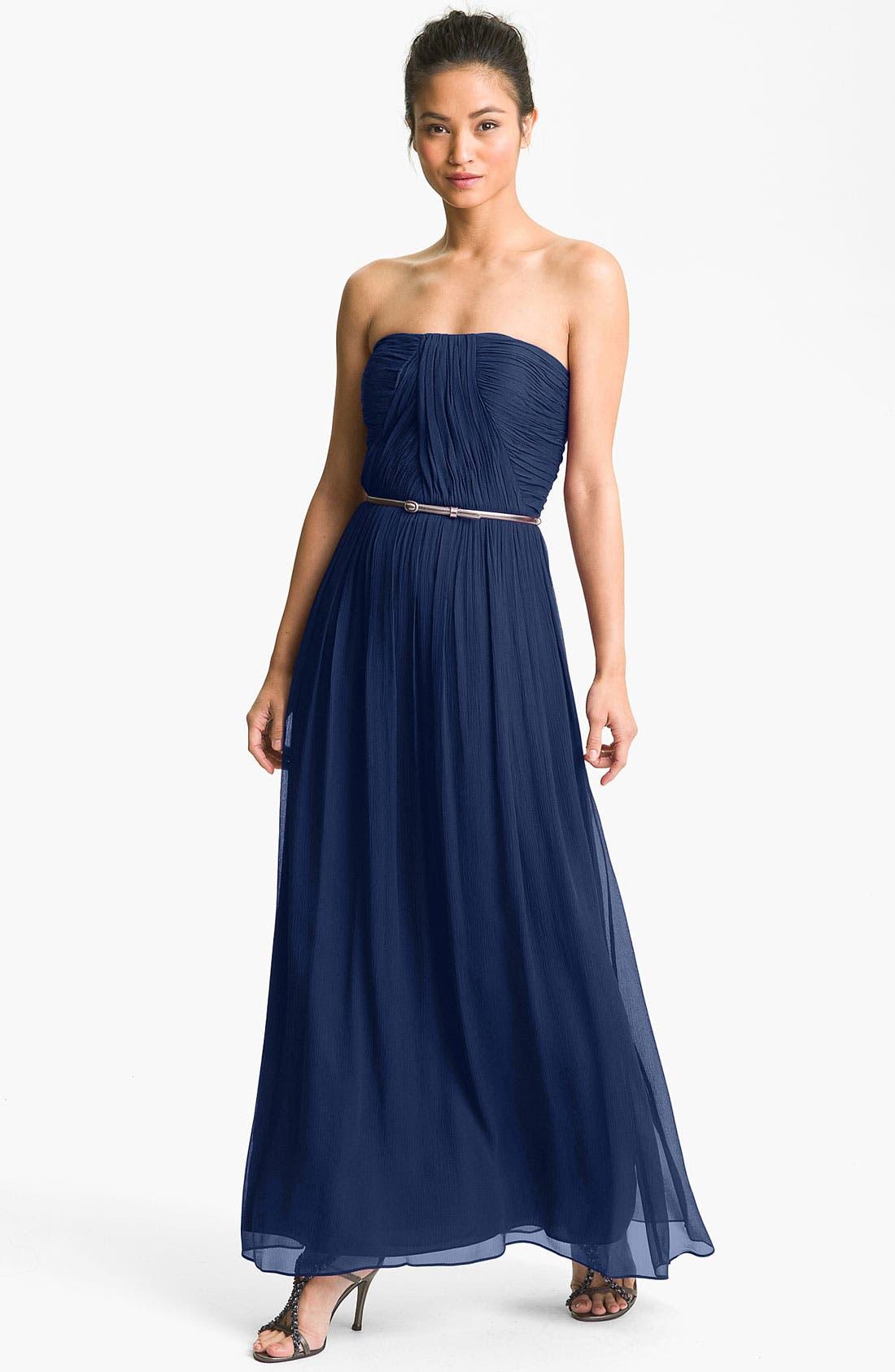 Main Image - Donna Morgan Ruched Silk Chiffon Gown