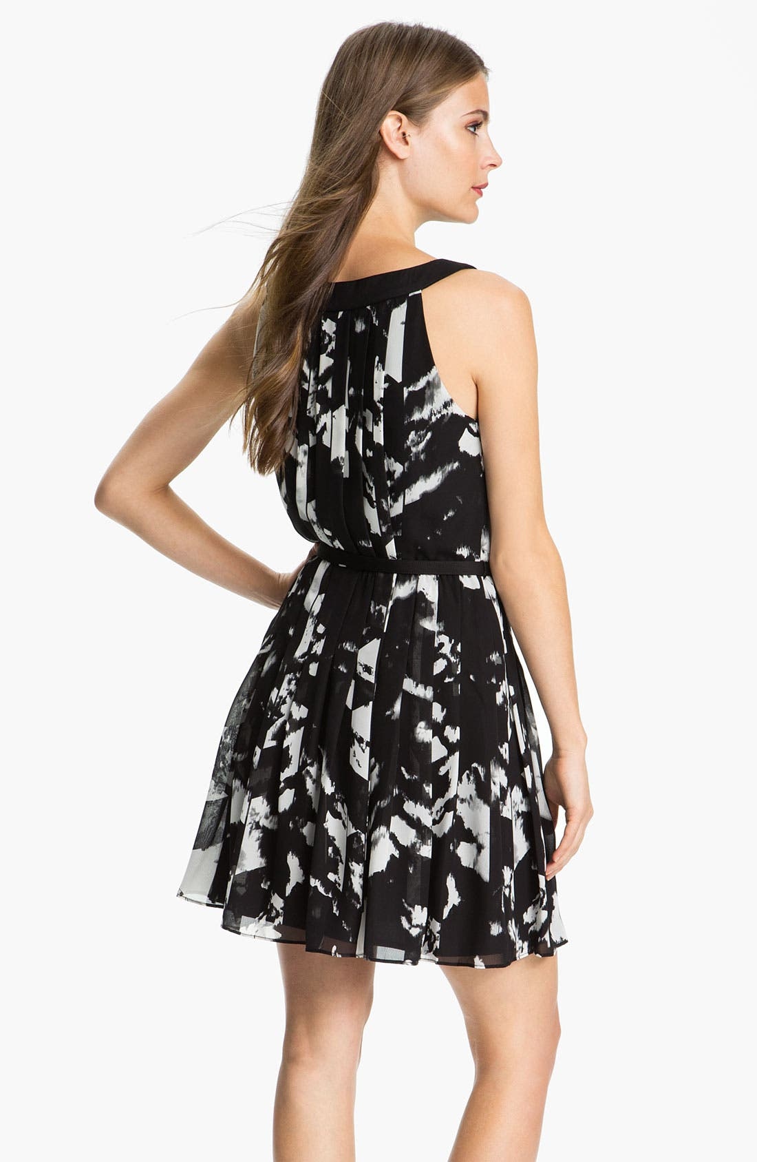 Alternate Image 2  - Donna Ricco 'As You Pleats' Print Chiffon Fit & Flare Dress
