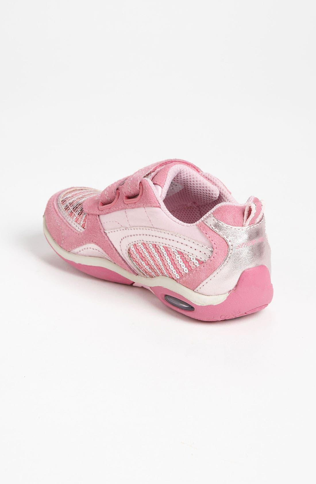 Alternate Image 2  - Stride Rite 'Maxi' Sneaker (Toddler & Little Kid)