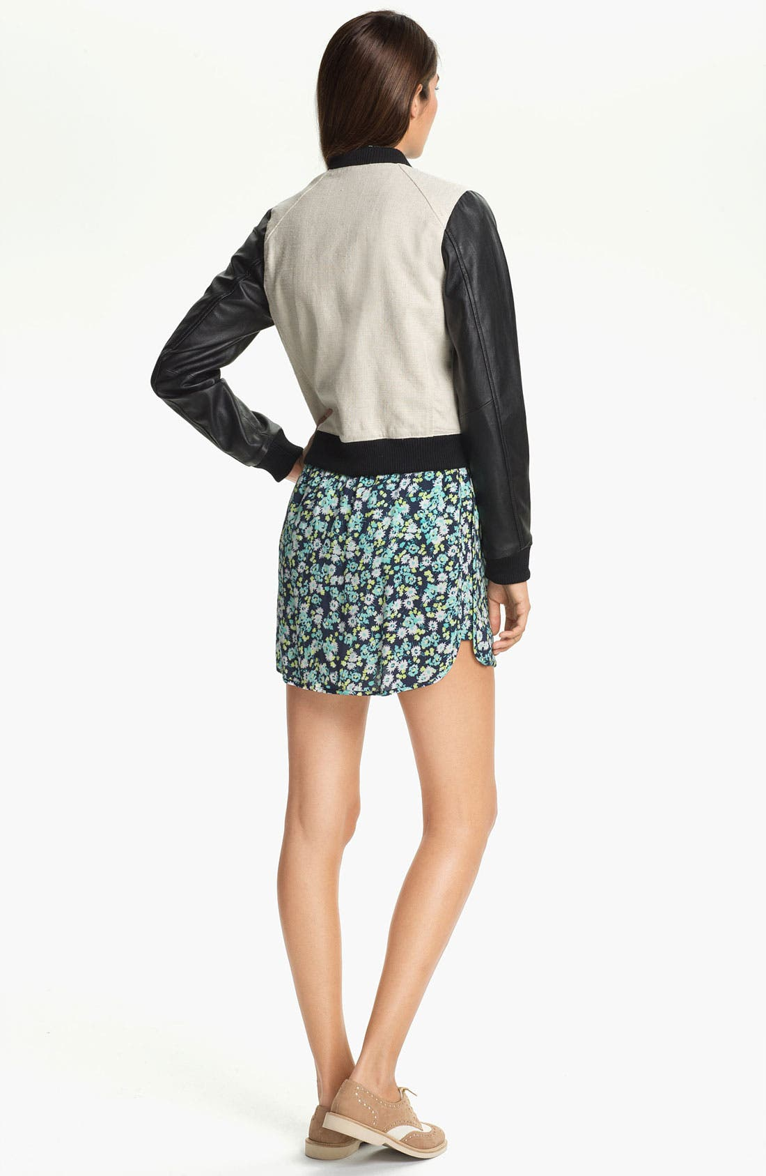 Alternate Image 4  - Two by Vince Camuto Print Miniskirt