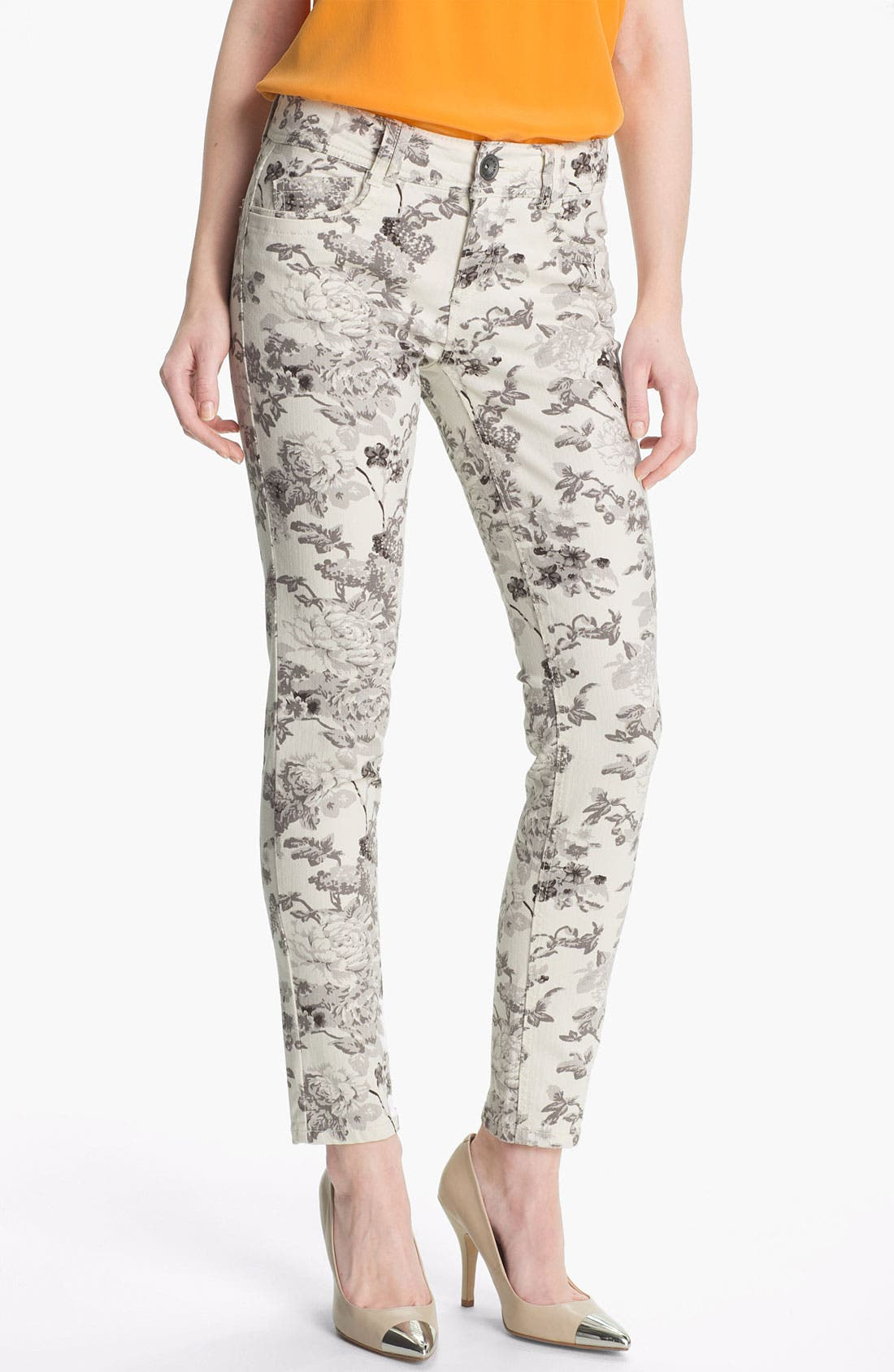 Main Image - Wit & Wisdom Floral Print Skinny Jeans (Grey) (Nordstrom Exclusive)