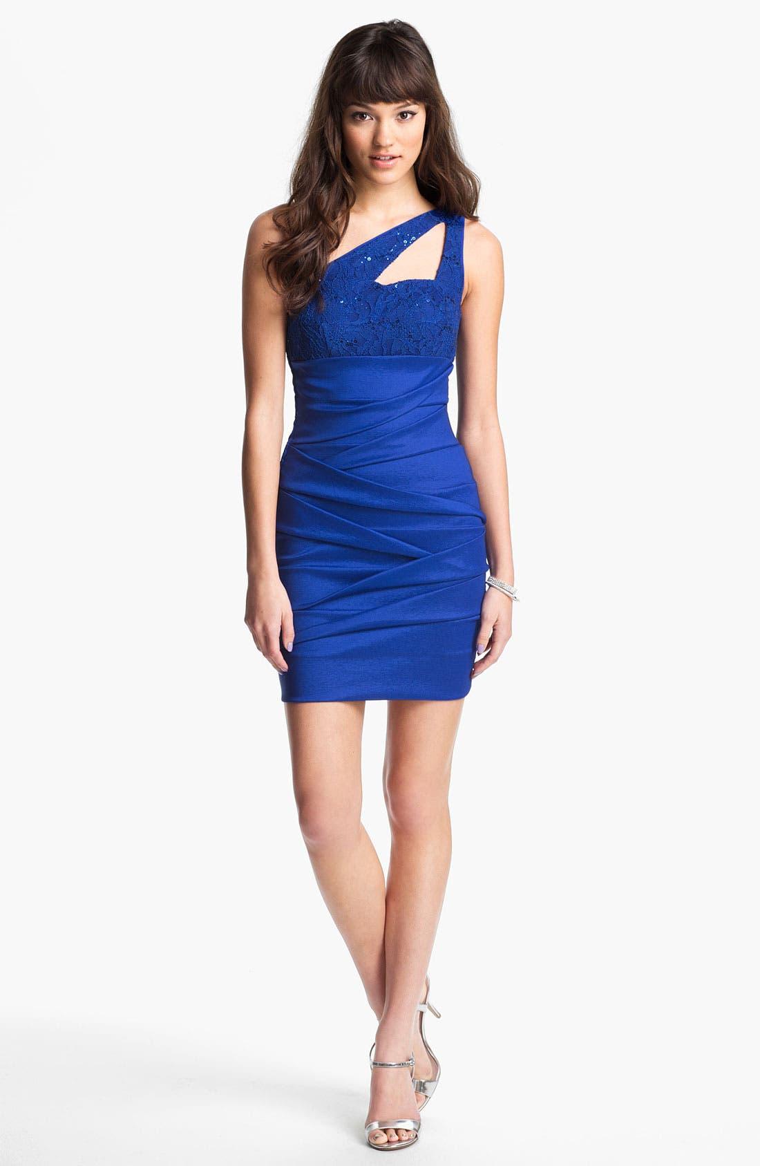 Main Image - Hailey Logan Cutout One-Shoulder Body-Con Dress (Juniors) (Online Exclusive)
